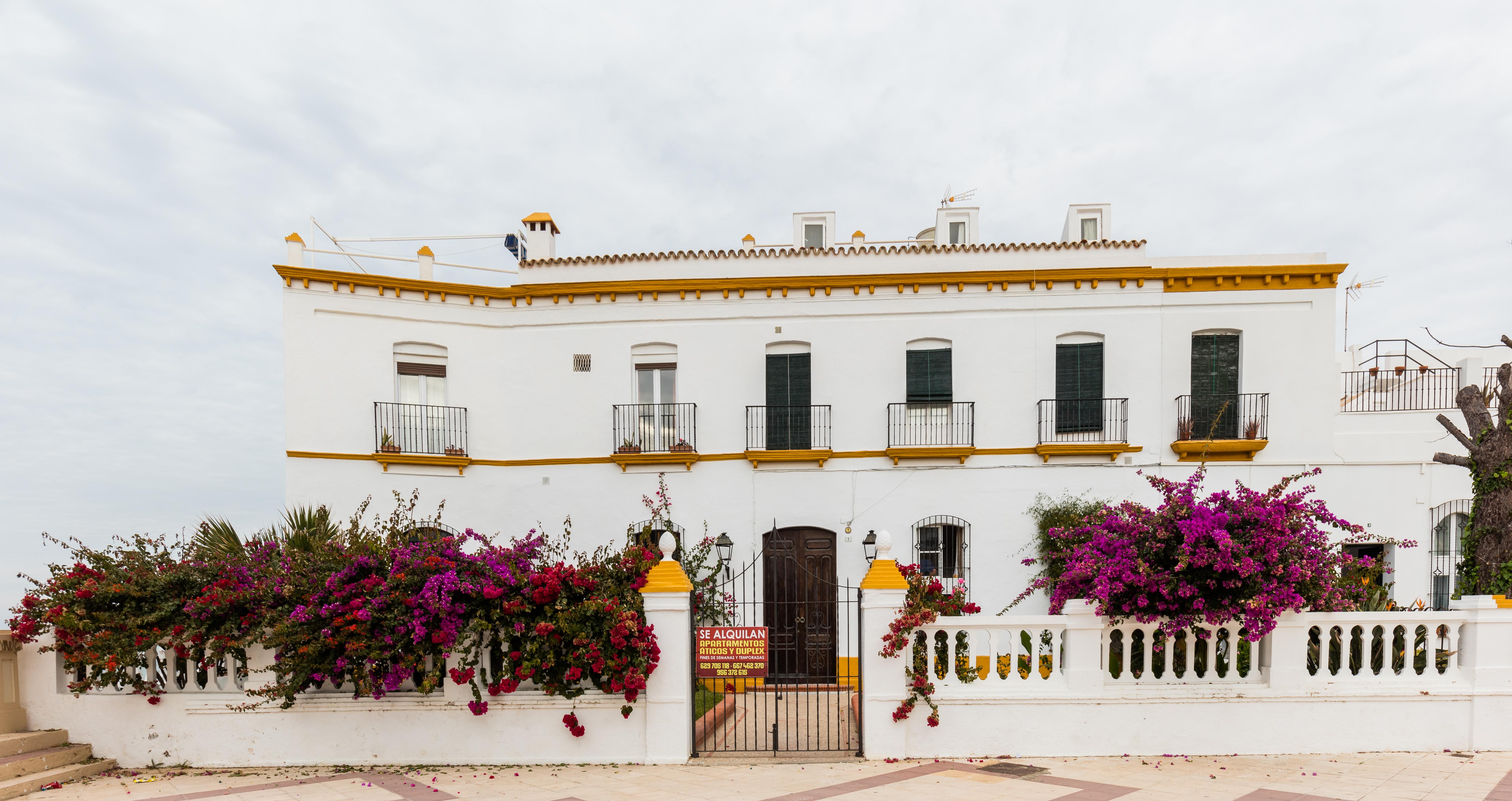 File casa t pica chipiona espa a 2015 12 08 dd 10 jpg wikimedia commons - Casas en chipiona ...