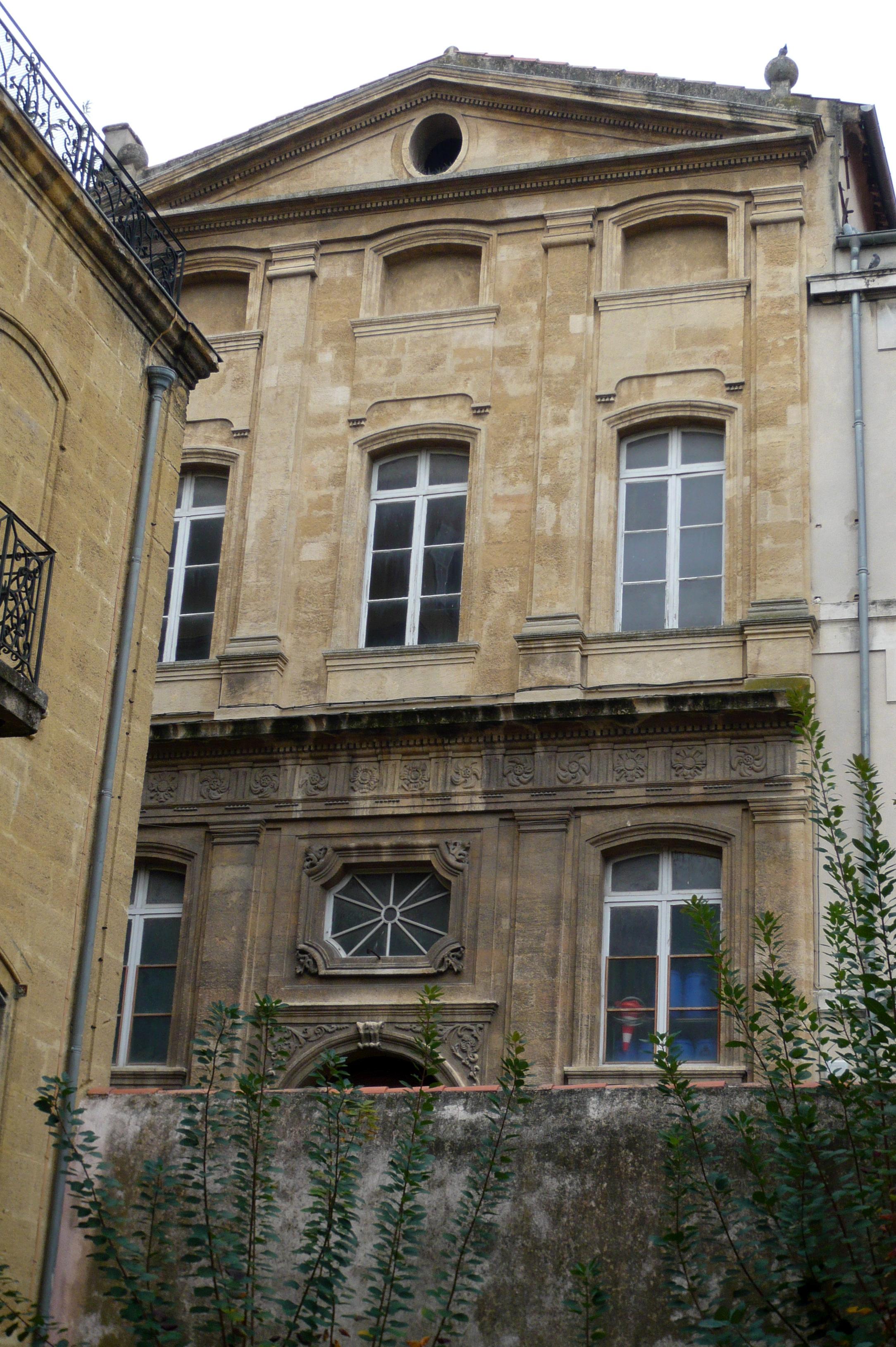 File chapelle des andrettes ancien couvent des ursulines for Le jardin des 5 sens aix en provence