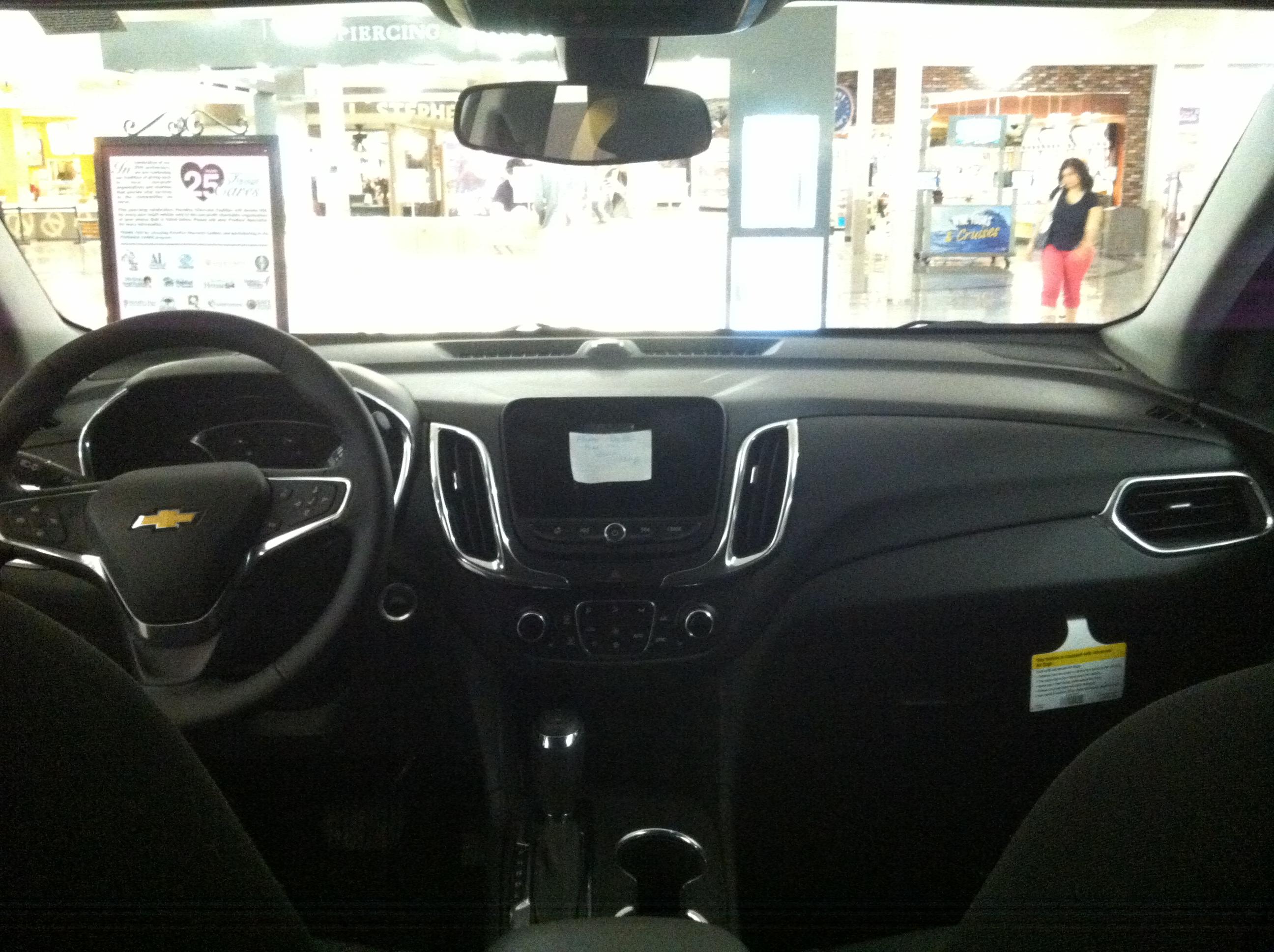 File Chevrolet Equinox 2017 Cuv Interior Jpg Wikimedia Commons