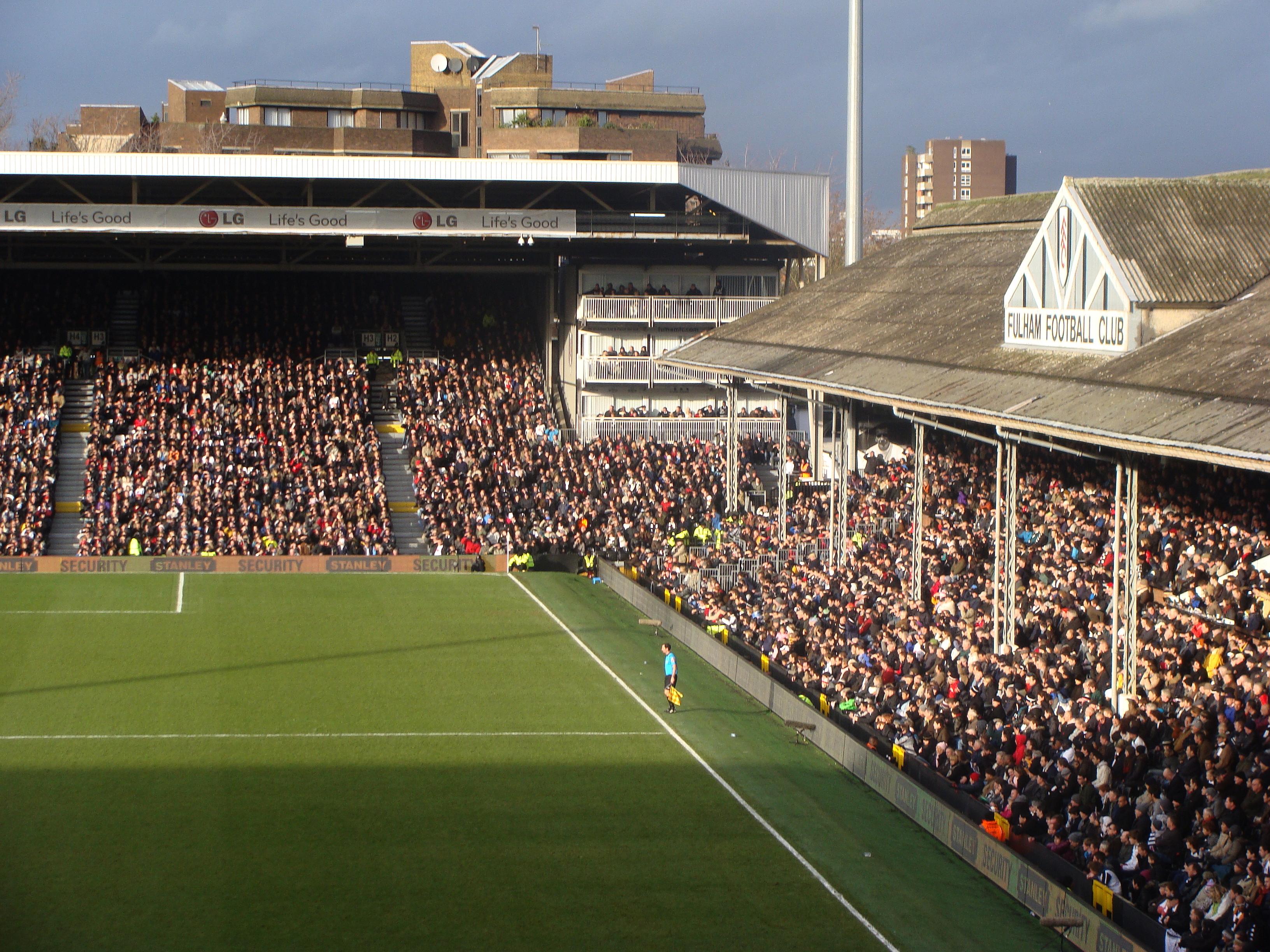File:Craven Cottage stands 2009 Fulham v Spurs.jpg ...