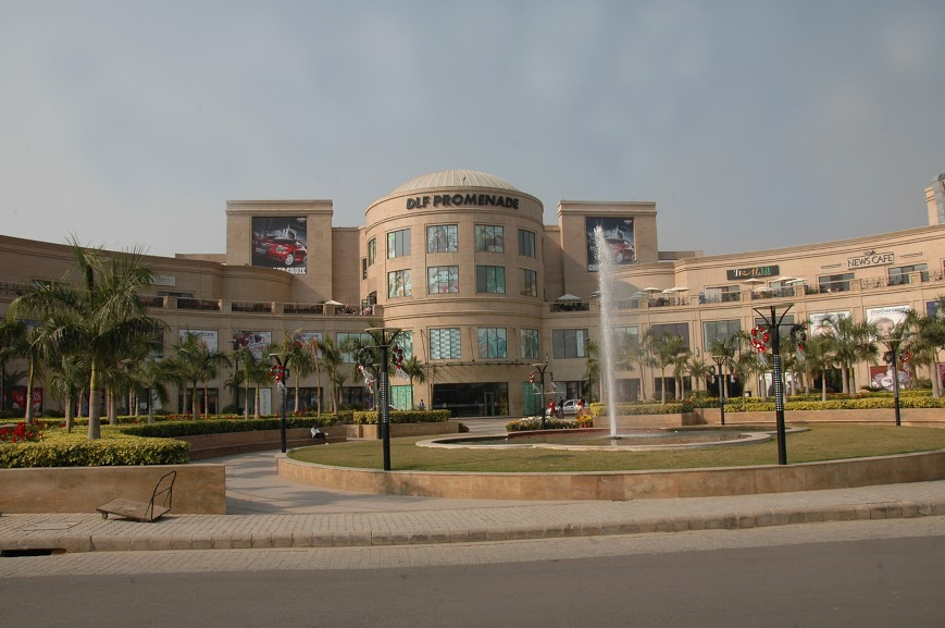 largest-shopping-mall-dlf-mall-of-india