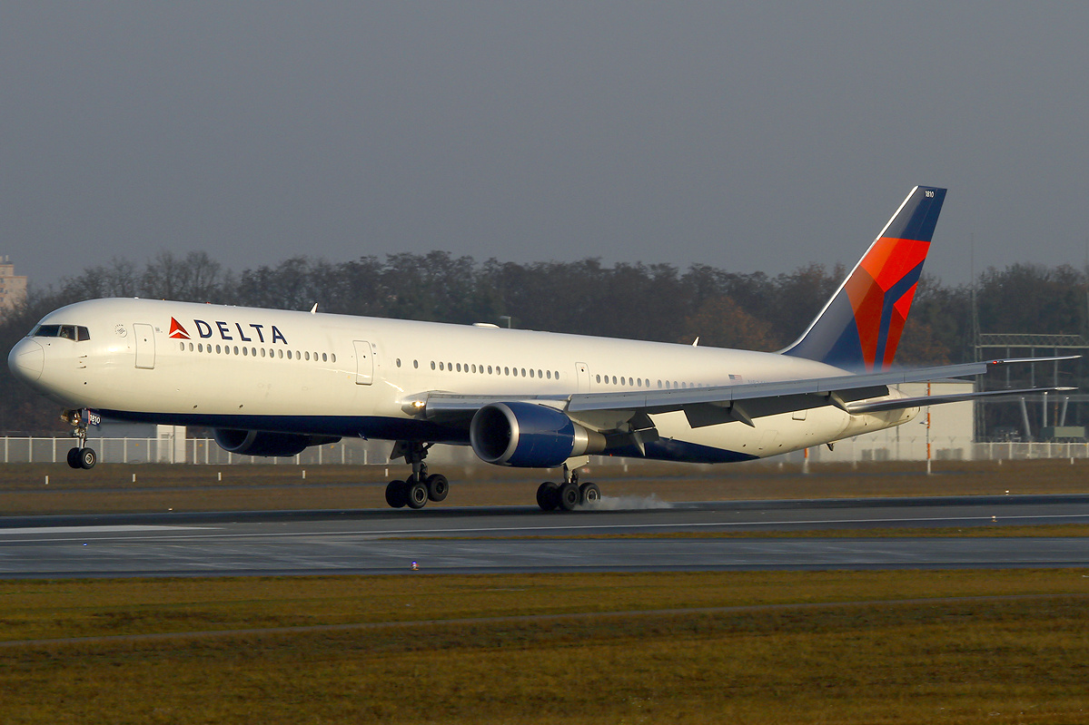 Delta Airlines Boeing 767 400