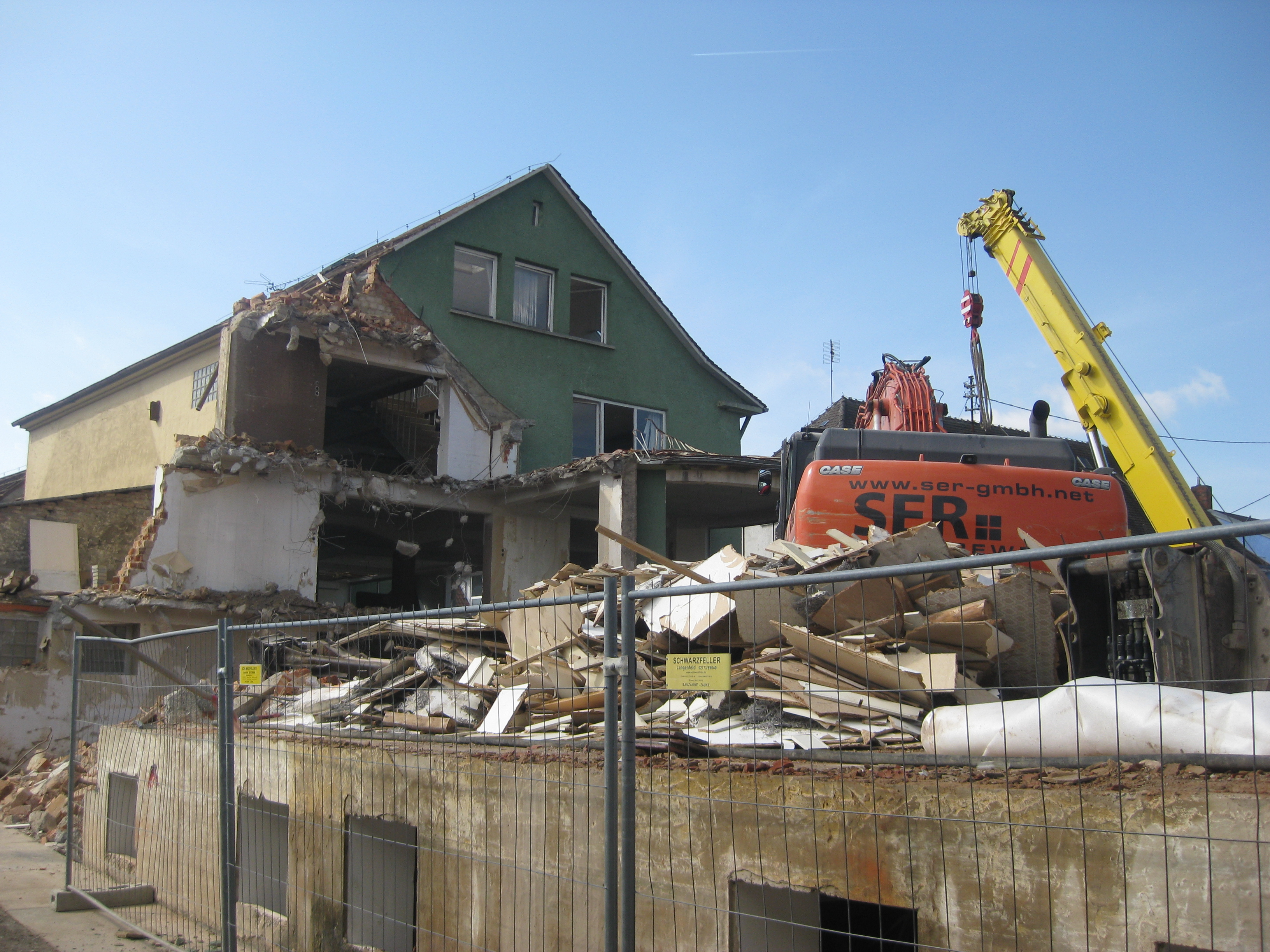 Awesome File:Demolition Of Furniture Store In Eschelbronn 2014 07