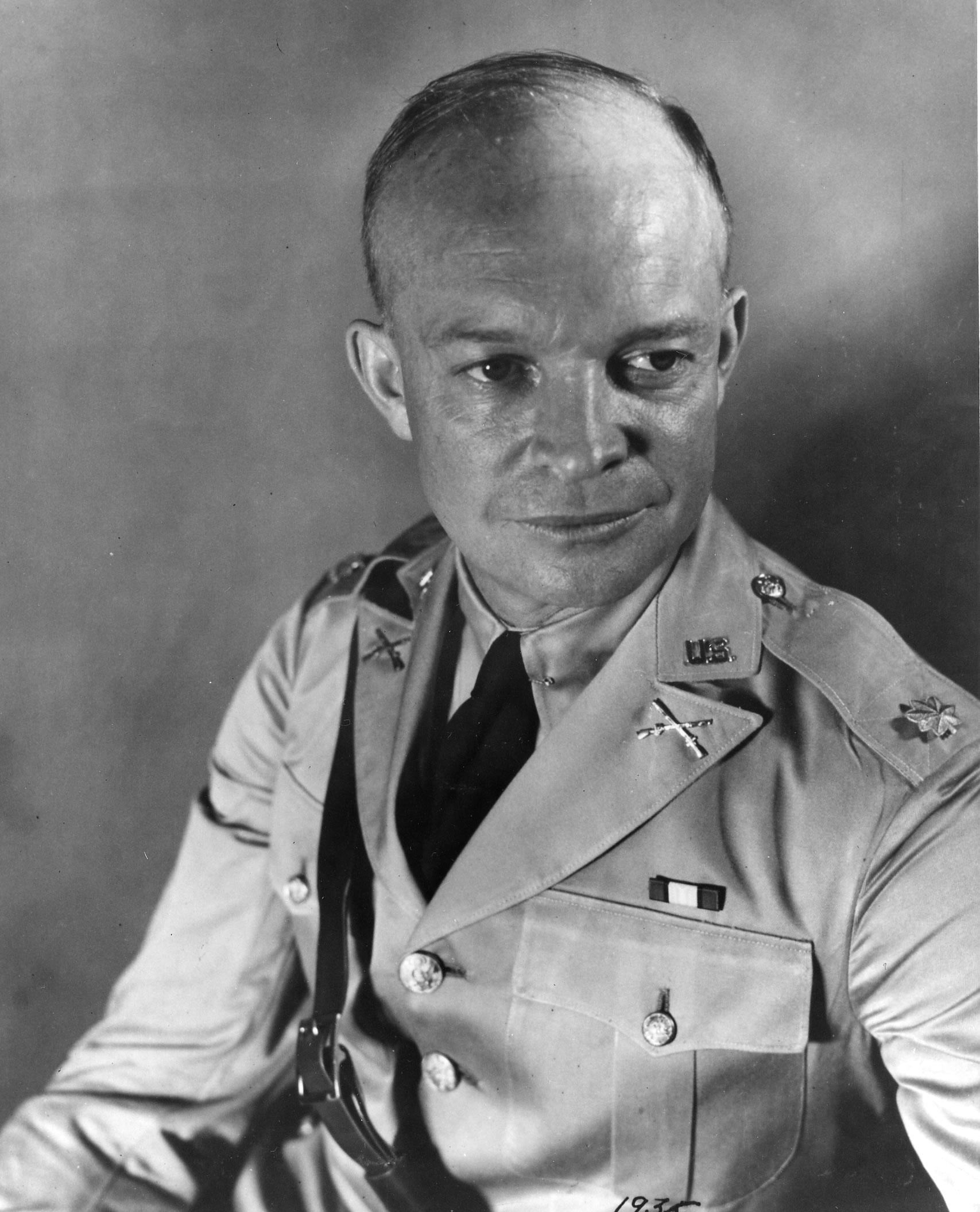 Eisenhower Dollar Carved In Glass Eisenhower Dollar