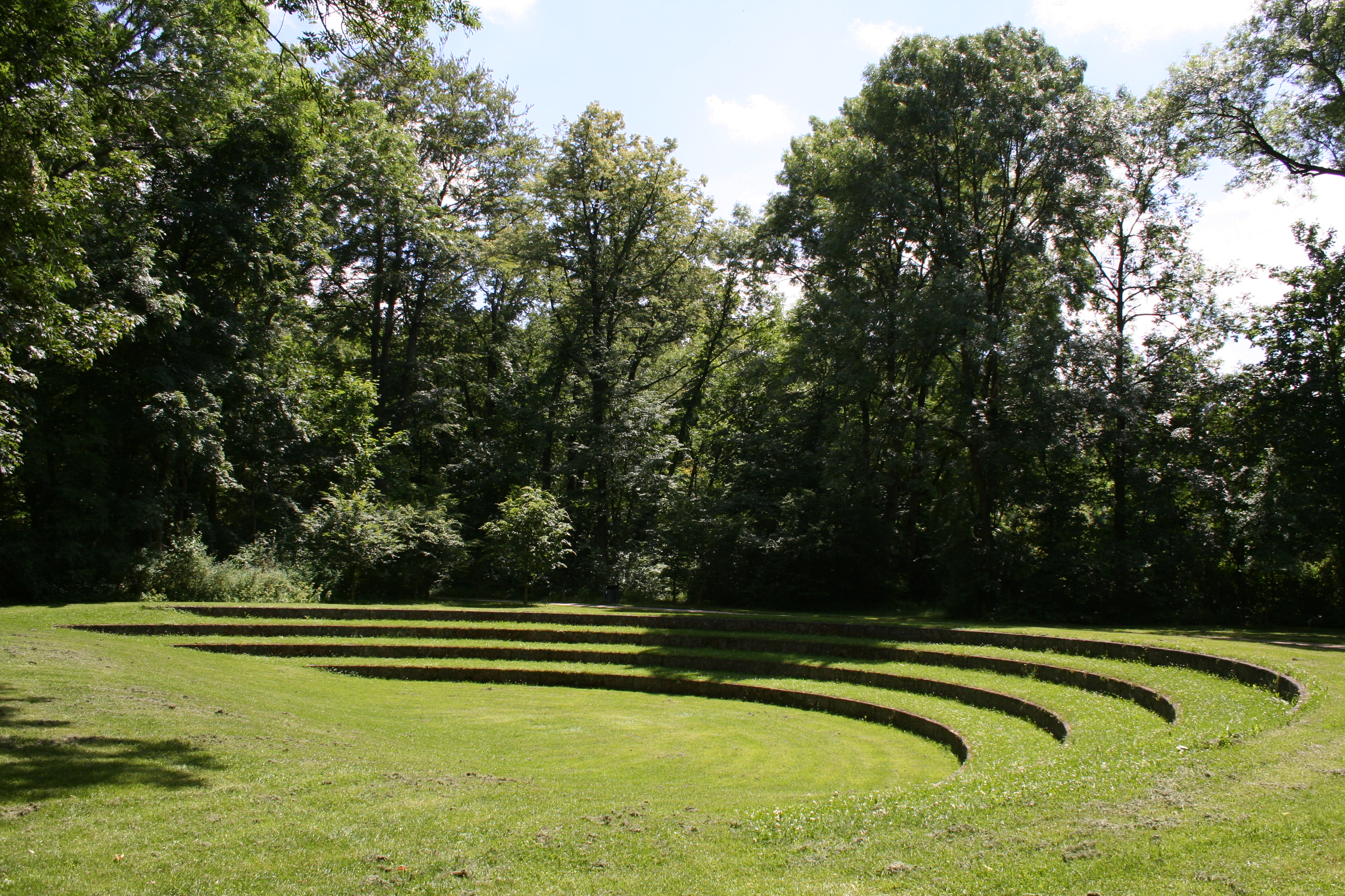 Small Garden Amphitheaters 3456 x 2304
