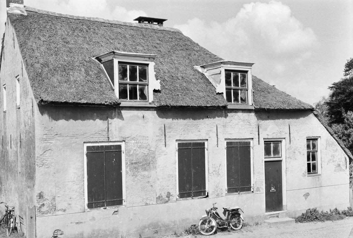 Voorgevels oude huizen. voorgevel with voorgevels oude huizen