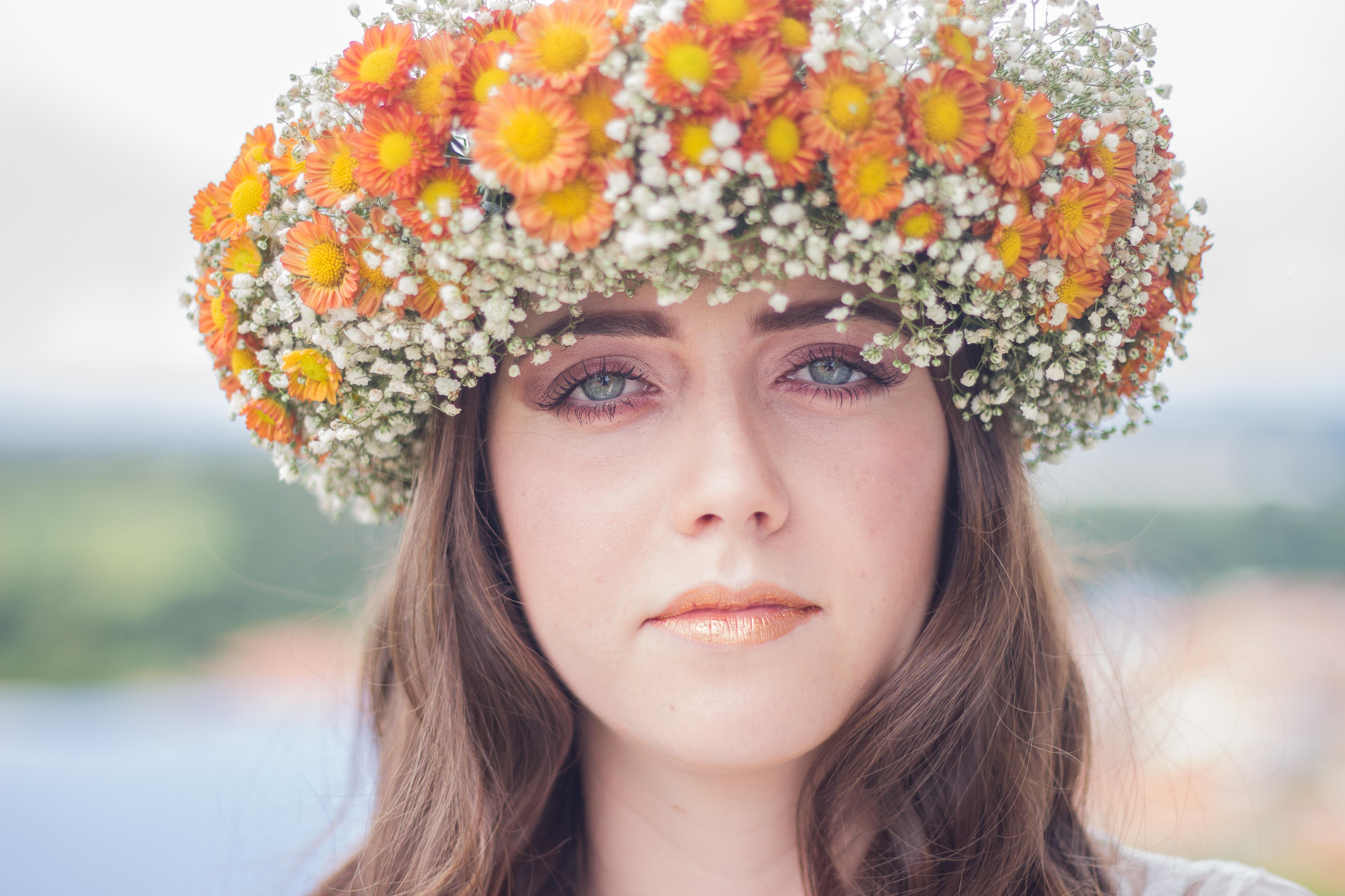 Fileimpressive Flower Crown Unsplashg Wikimedia Commons