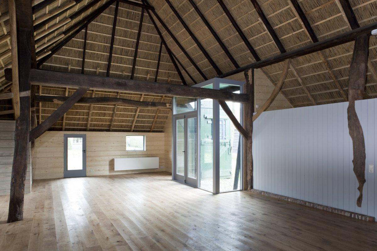 File interieur overzicht tot woonruimte omgebouwde deel en for Bouwen en interieur