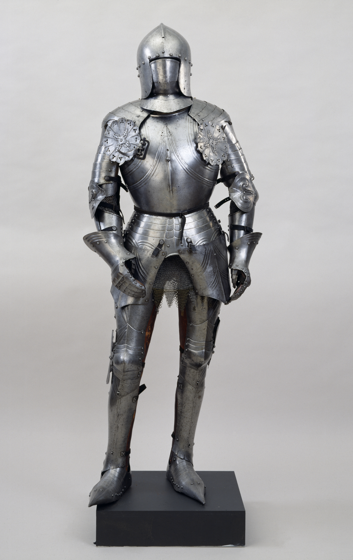 I\'m a knight in medieval times. How long can I expect my suit of ...