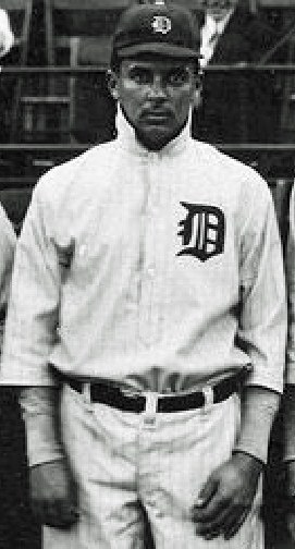 Johnnie Williams baseball.jpg