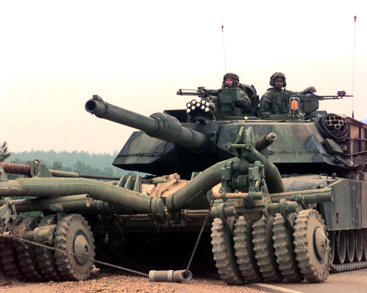 Автомобиль ВСУ подорвался на мине возле Красногоровки, 7 военных погибли, - штаб АТО - Цензор.НЕТ 2120