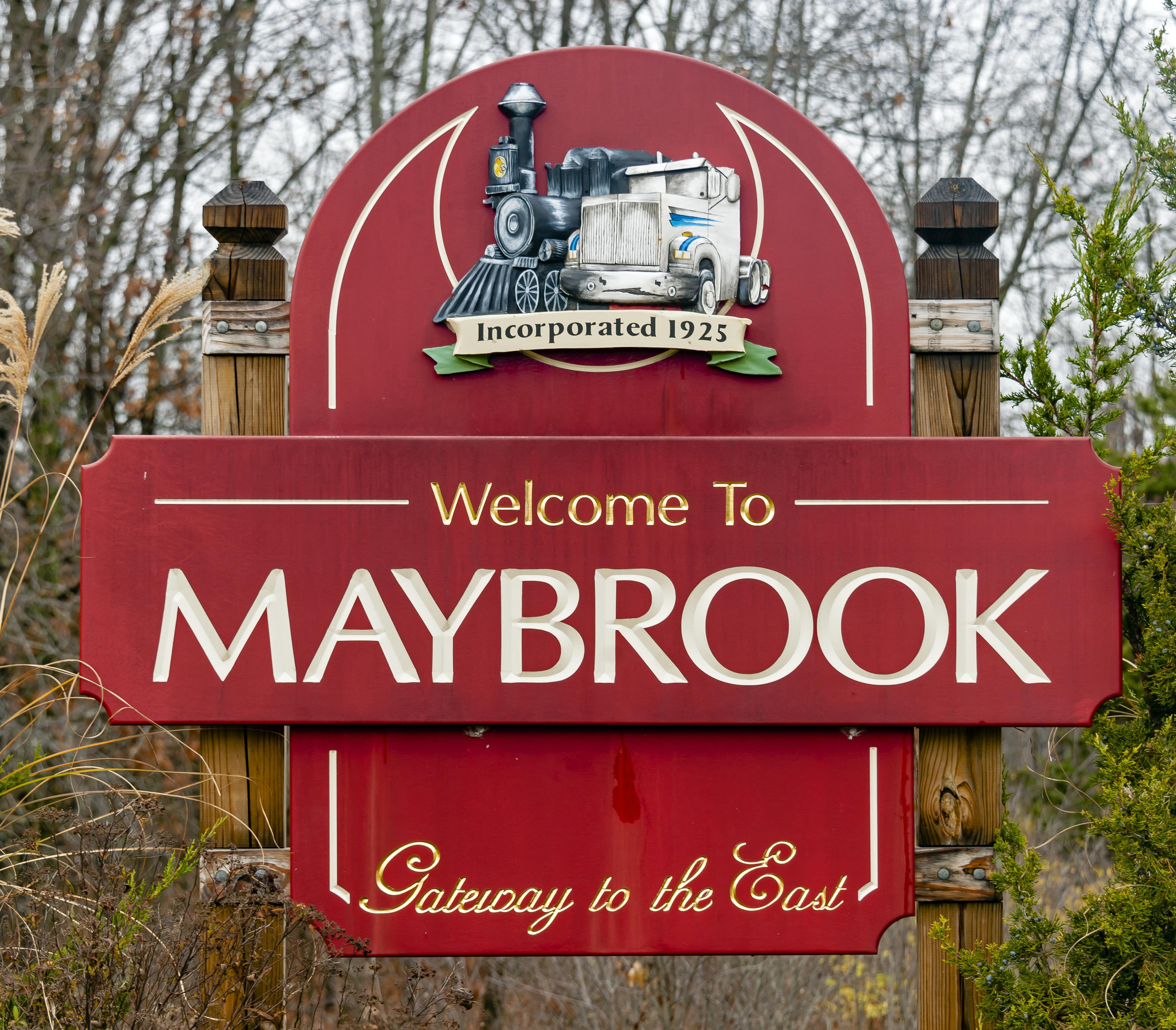 File:Maybrook, NY, welcome sign.jpg