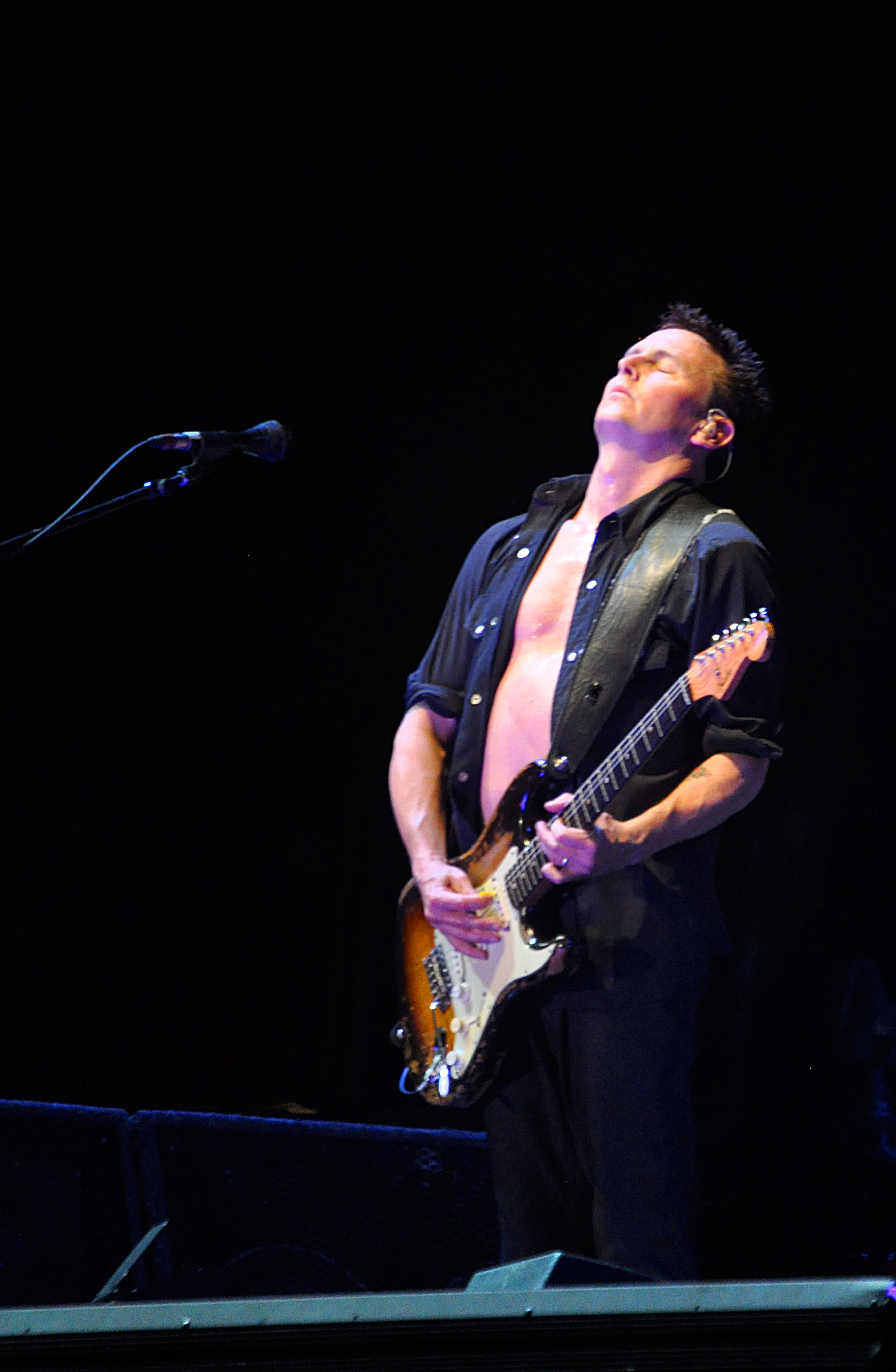 The 52-year old son of father (?) and mother(?) Mike McCready in 2018 photo. Mike McCready earned a  million dollar salary - leaving the net worth at 60 million in 2018