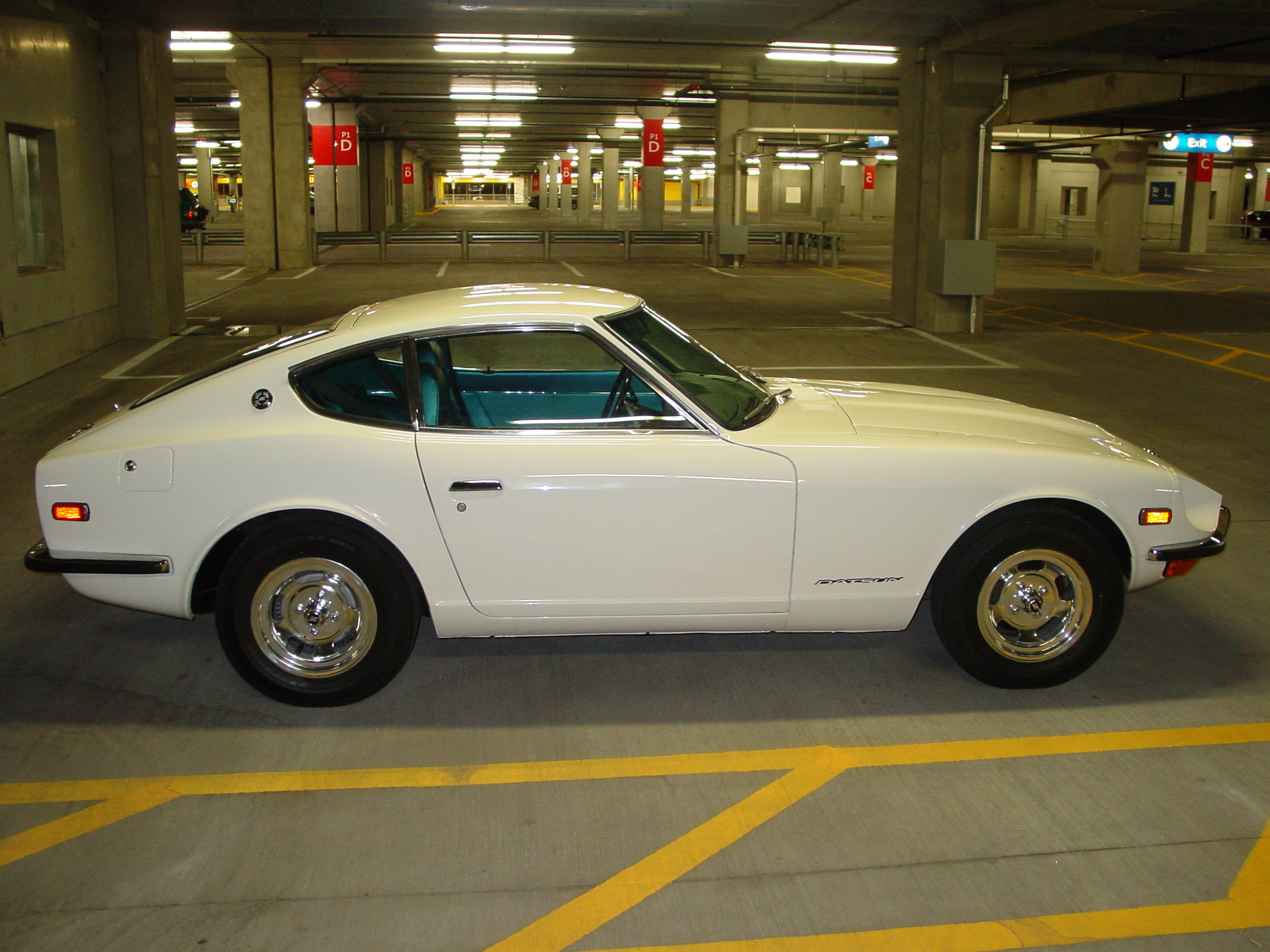 file my restored 39 71 datsun 240z with rare blue interior. Black Bedroom Furniture Sets. Home Design Ideas