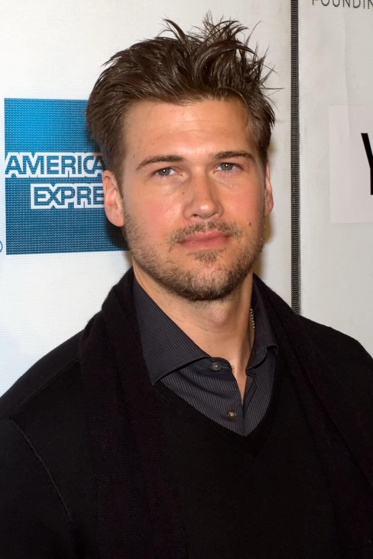 Nick Zano  - 2018 Light brown hair & Bohemian hair style.
