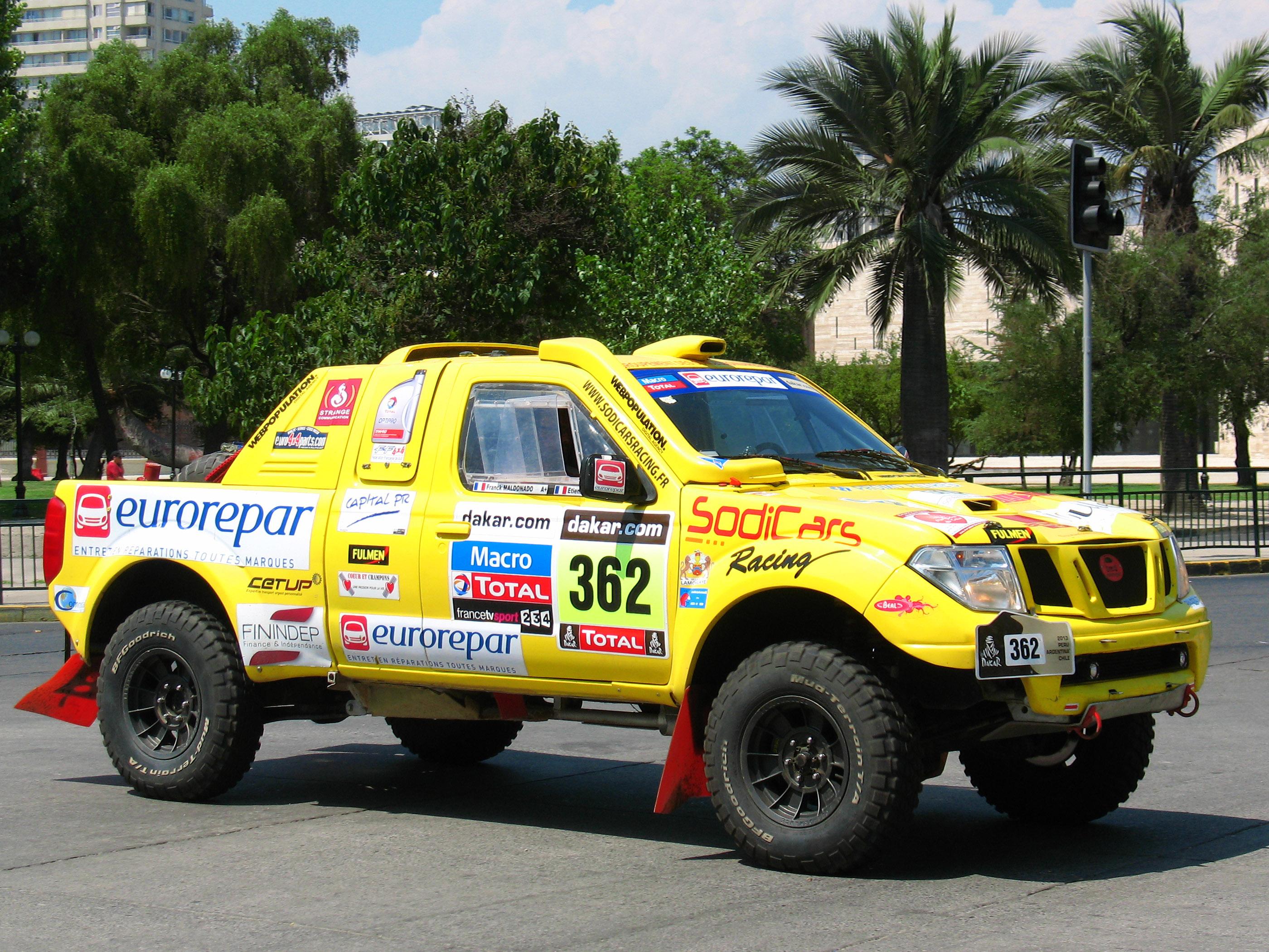 Nissan Pick Up D22 >> File:Nissan Navara King Cab (15314905563).jpg - Wikimedia Commons
