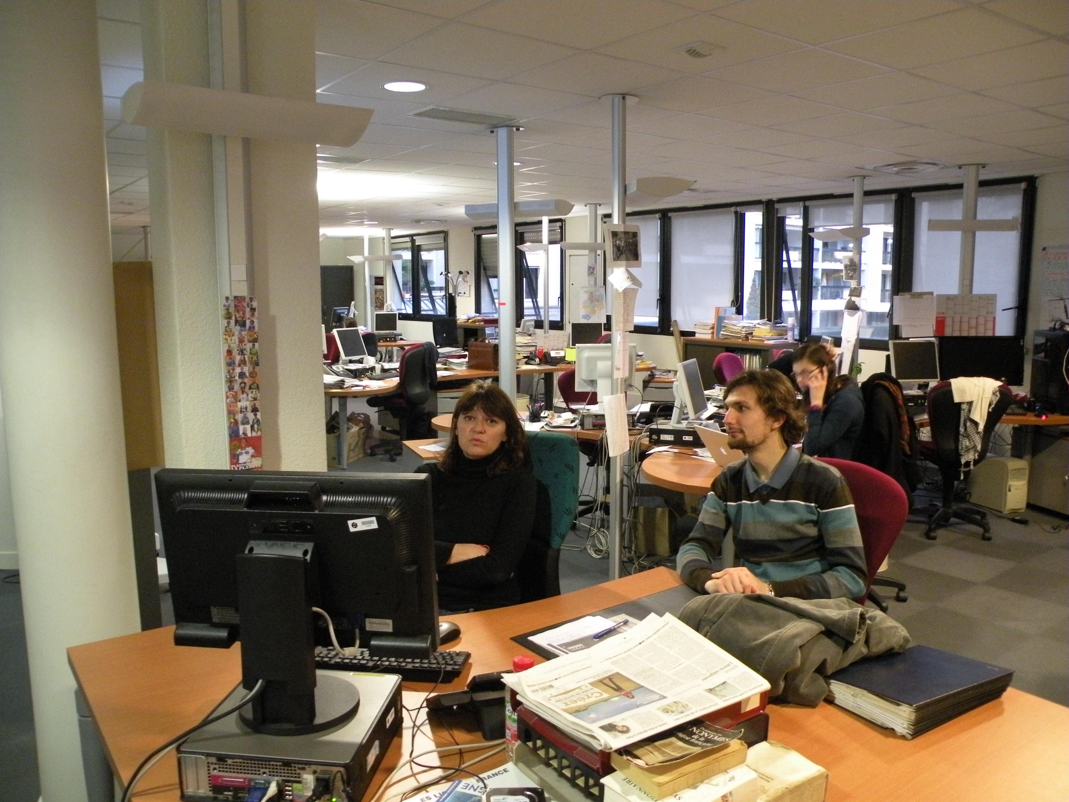 File ouest france salle de rédaction rennes g wikimedia