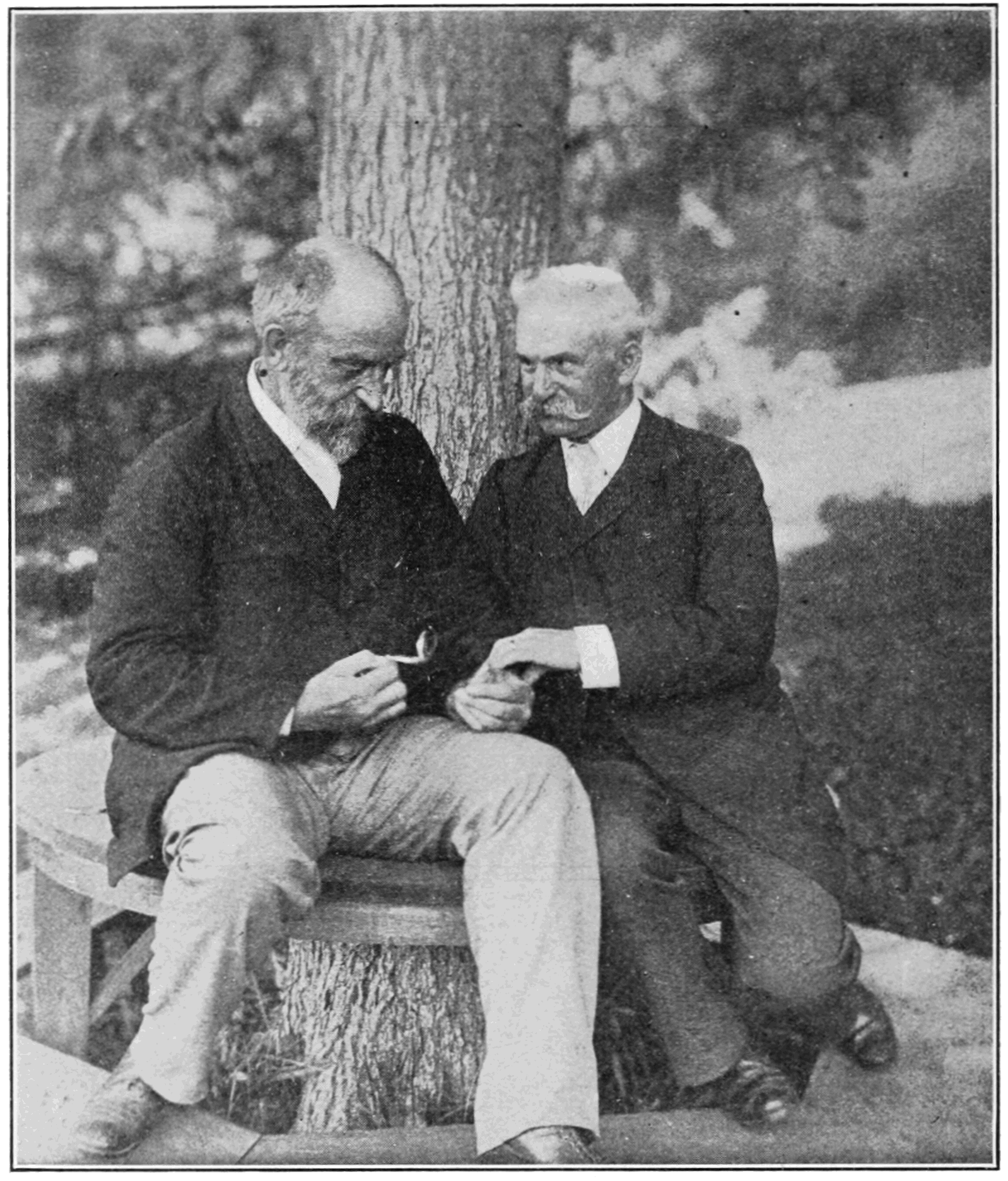PSM V85 D420 Physiologists hugo kronecker and henry pickering bowditch.png