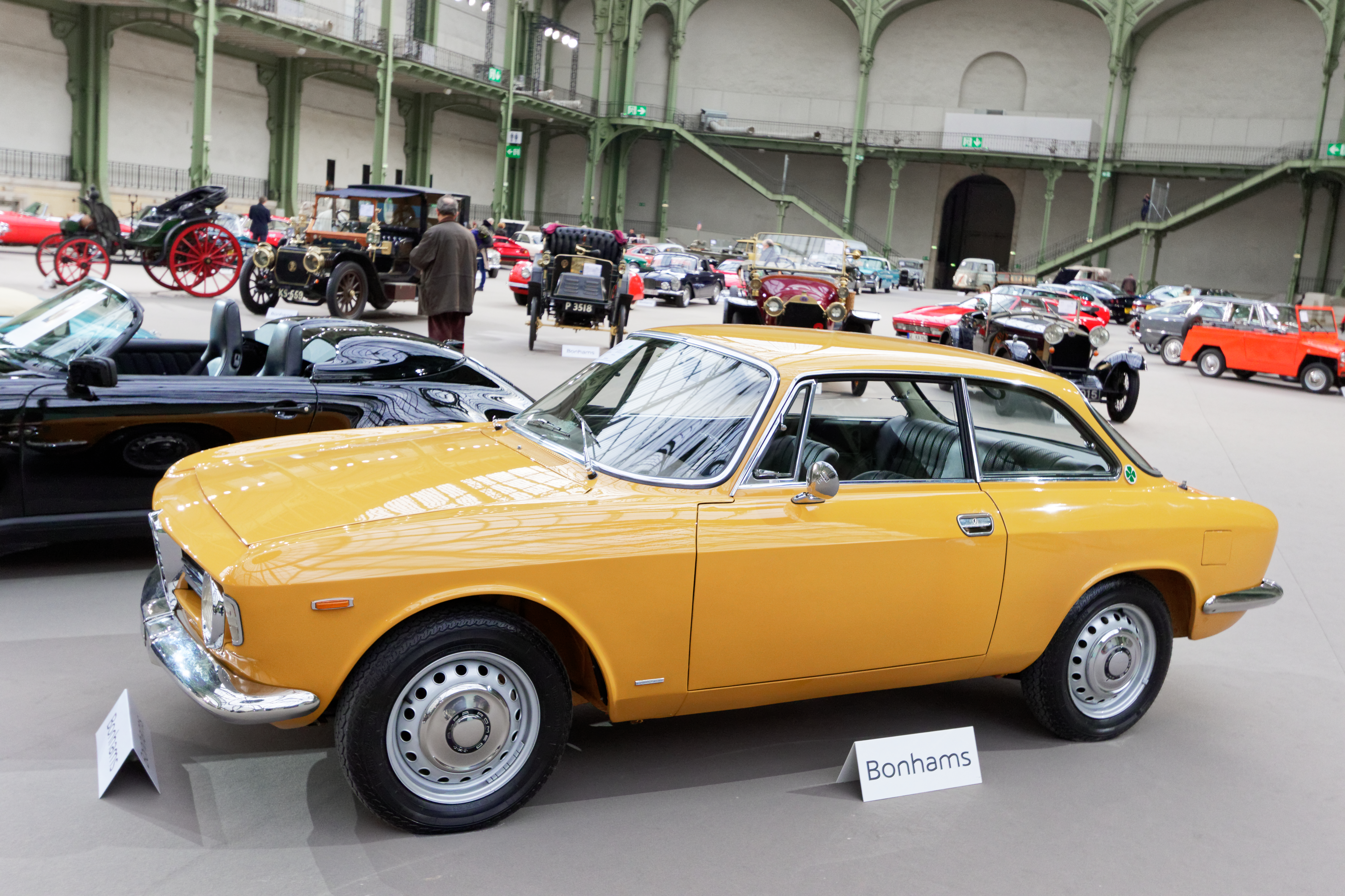 File:Paris - Bonhams 2017 - Alfa Romeo Giulia Sprint GT Veloce - 1967 -