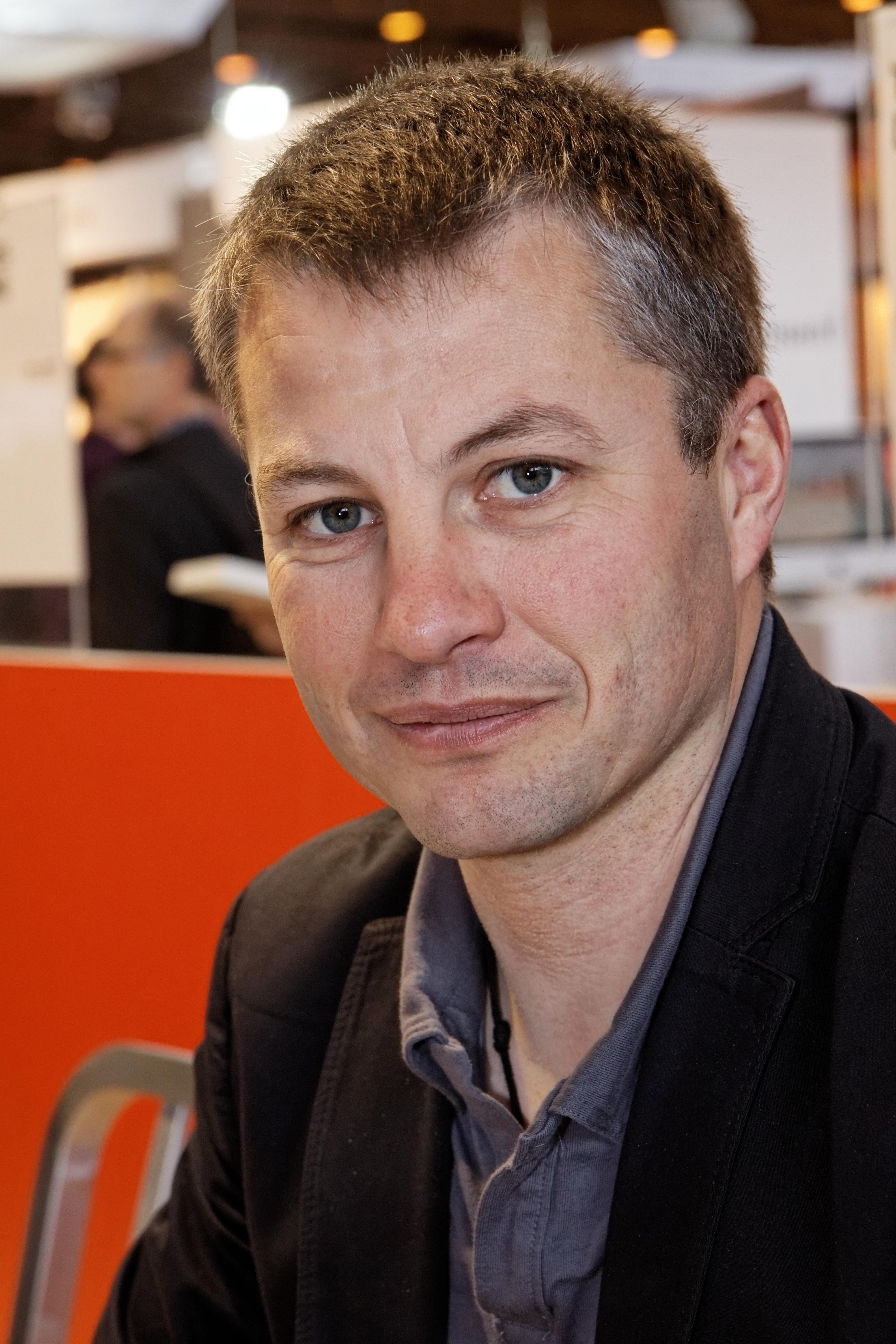 File paris salon du livre 2012 erik l 39 homme for Homme salon