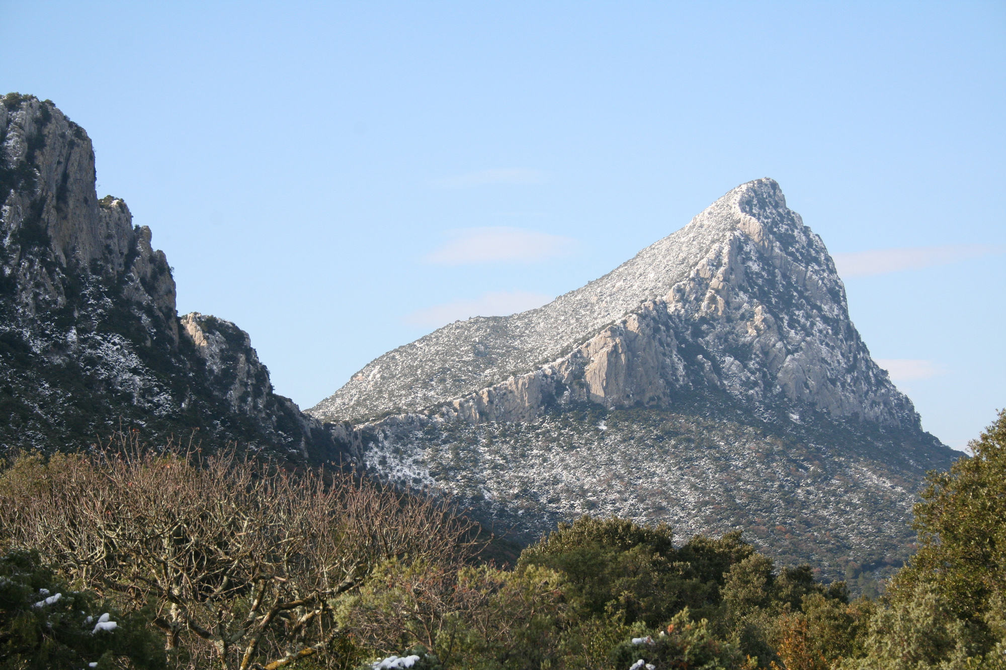 file pic st loup h rault img 1877     wikimedia commons