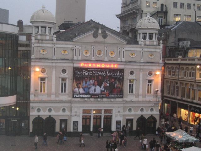 Ficheiro:Playhouse Theatre - geograph.org.uk - 370328.jpg