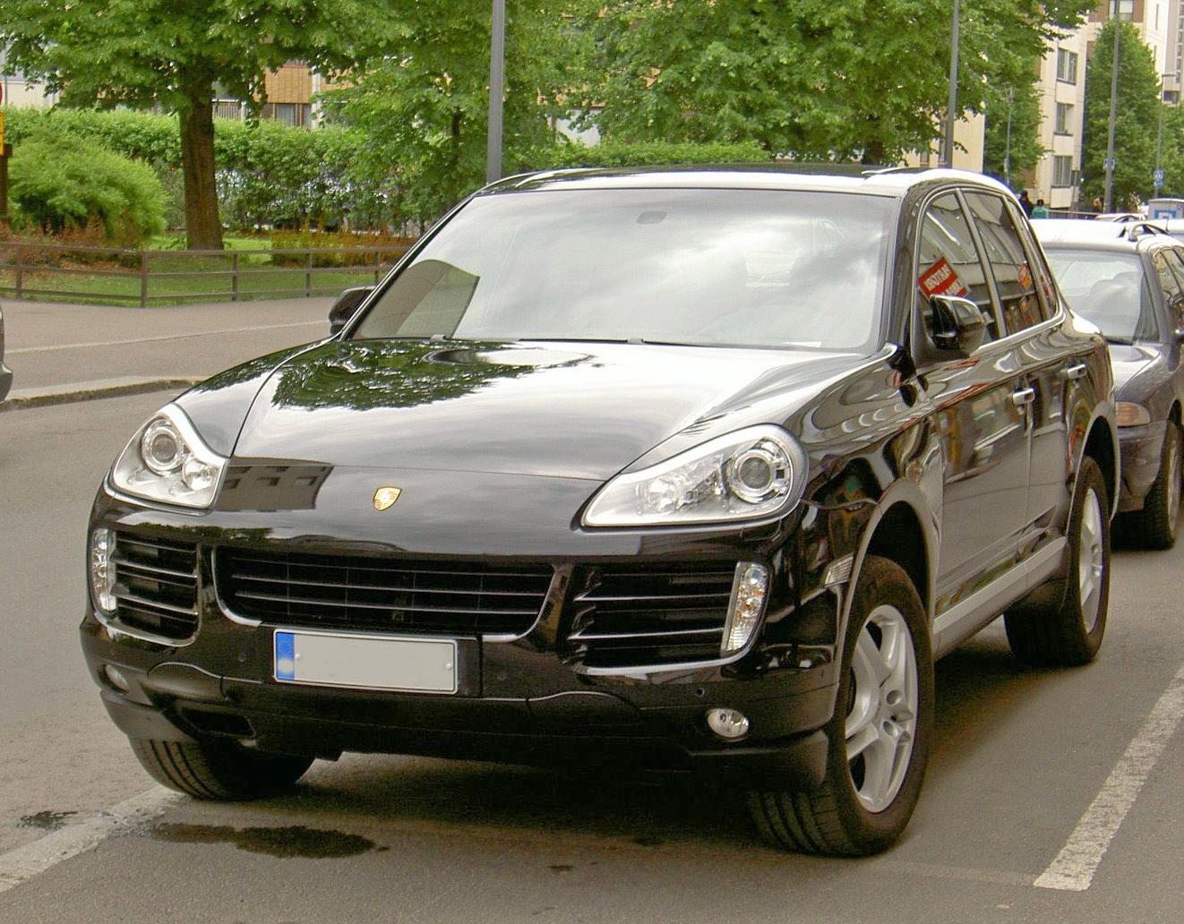 Третье «издание» Porsche Cayenne