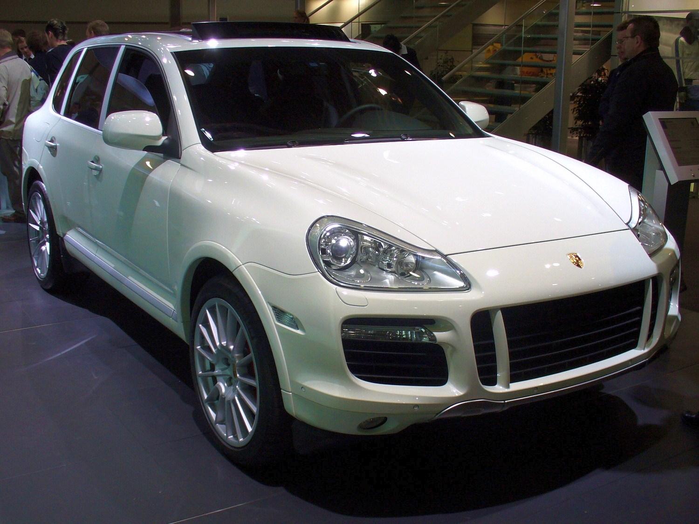 File Porsche Cayenne Turbo Ami Jpg Wikimedia Commons