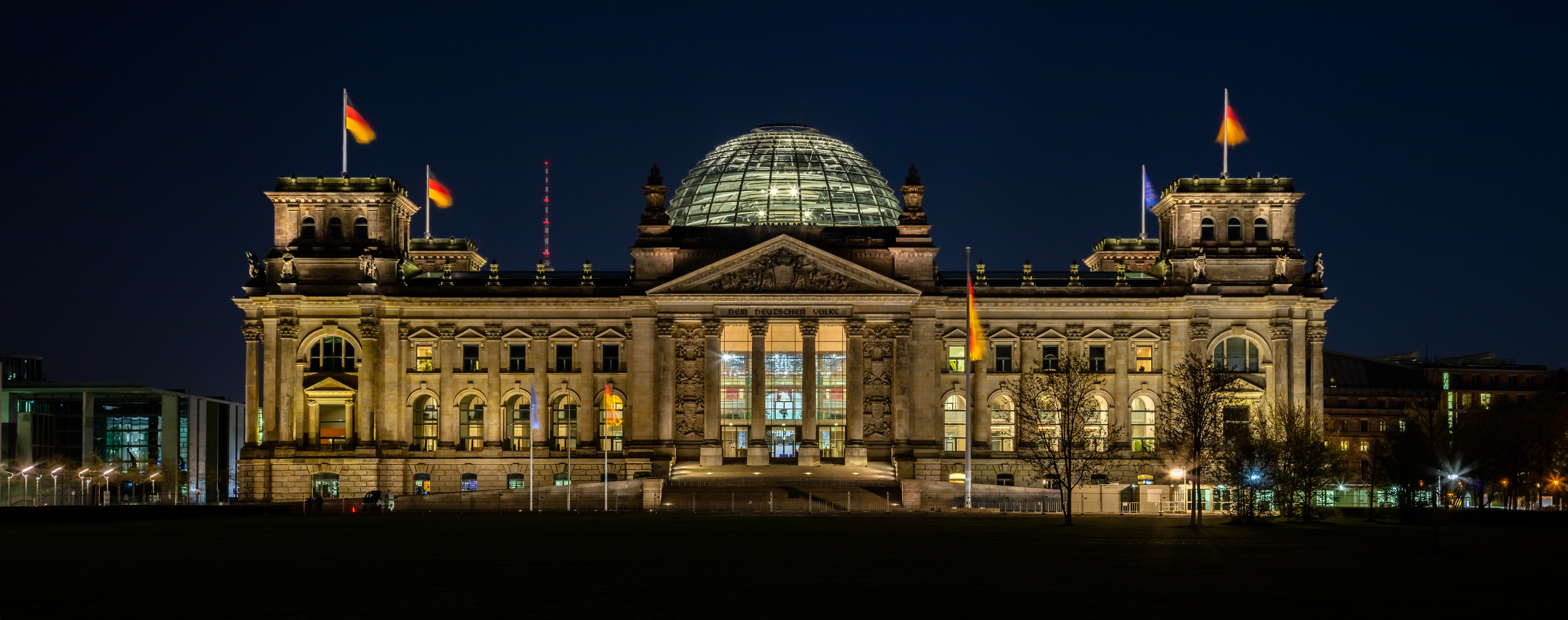 File:Reichtstag, Berlín, Alemania, 2016-04-21, DD 31-33 ...