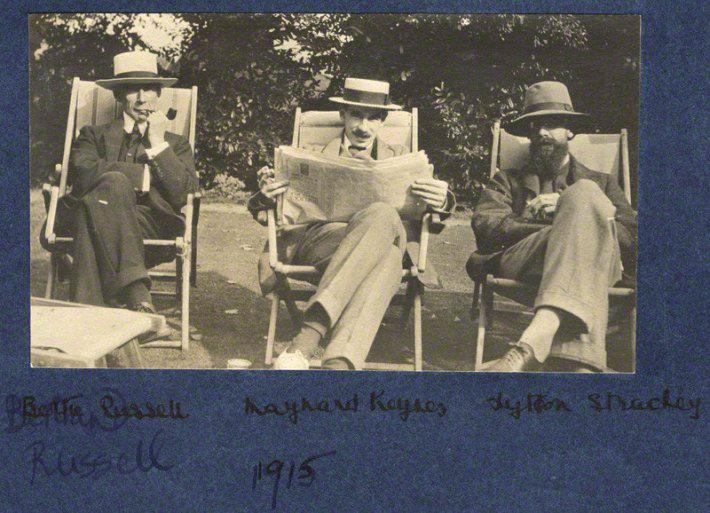Russel Keynes Strachey.jpg
