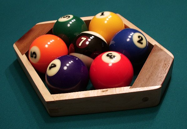 File:Seven-ball hex rack with black 7 ball.jpg - Wikimedia Commons
