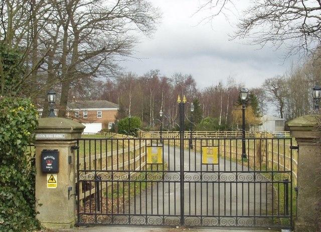 File:Skelton Hall Farm, Skeltons Lane - geograph.org.uk - 140285.jpg