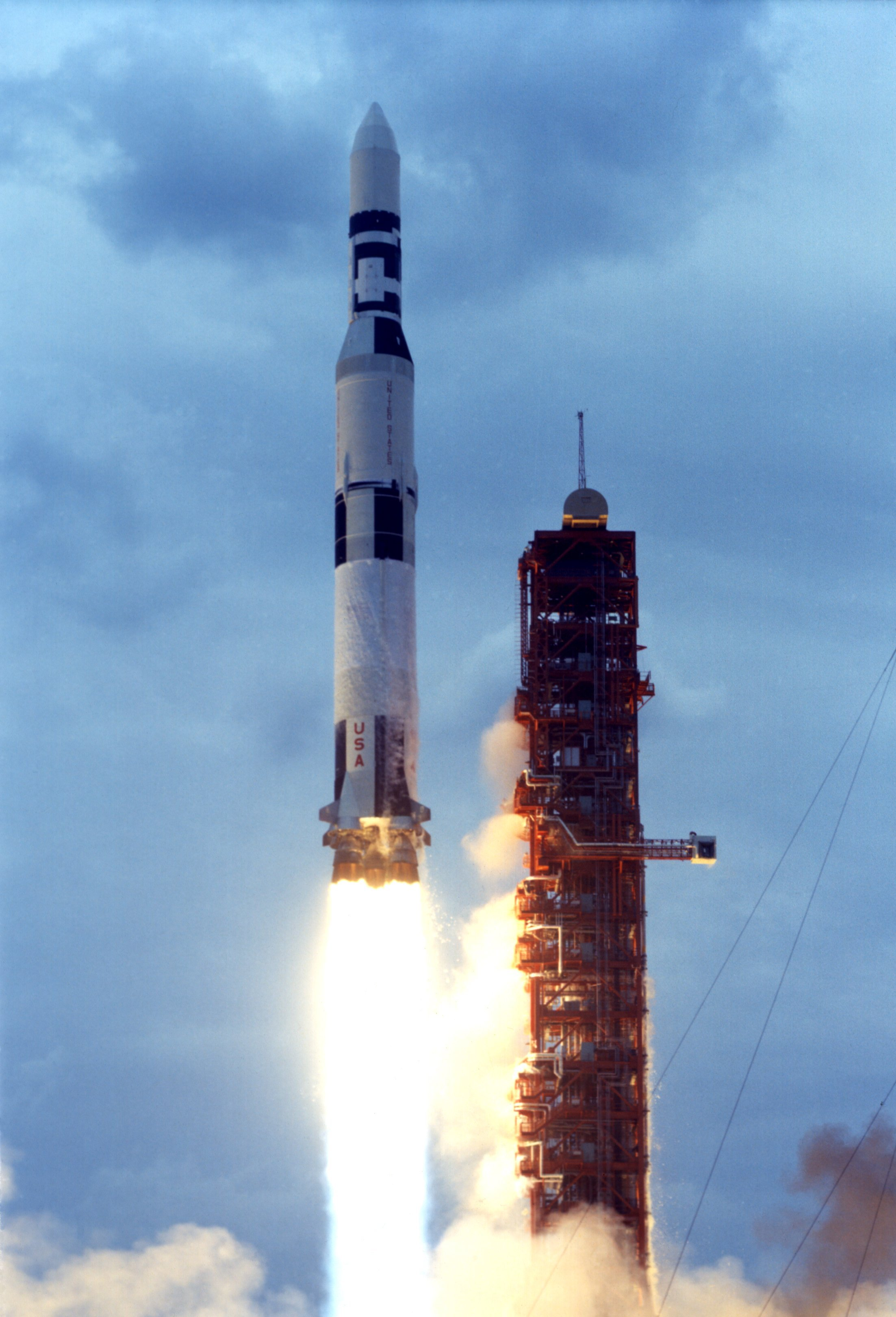 The last Saturn V laun...
