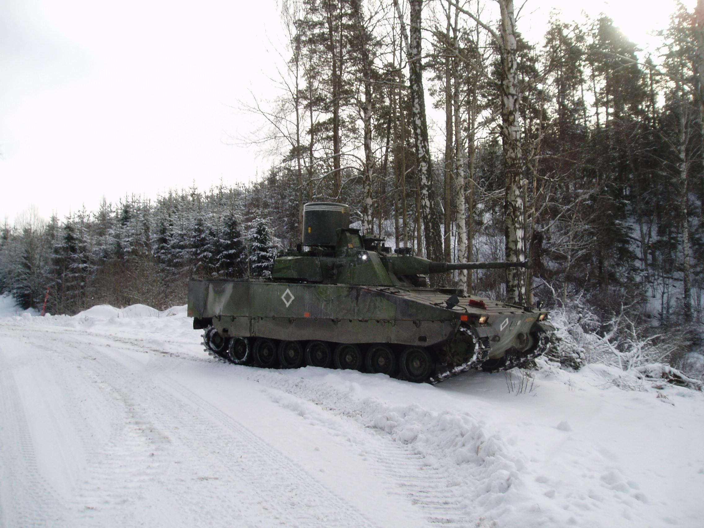 http://upload.wikimedia.org/wikipedia/commons/3/34/Swedish_CV9040_AAV_-_Anti-Air_Vehicle.JPG