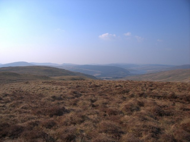 File:The Drybedd ridge - geograph.org.uk - 389613.jpg