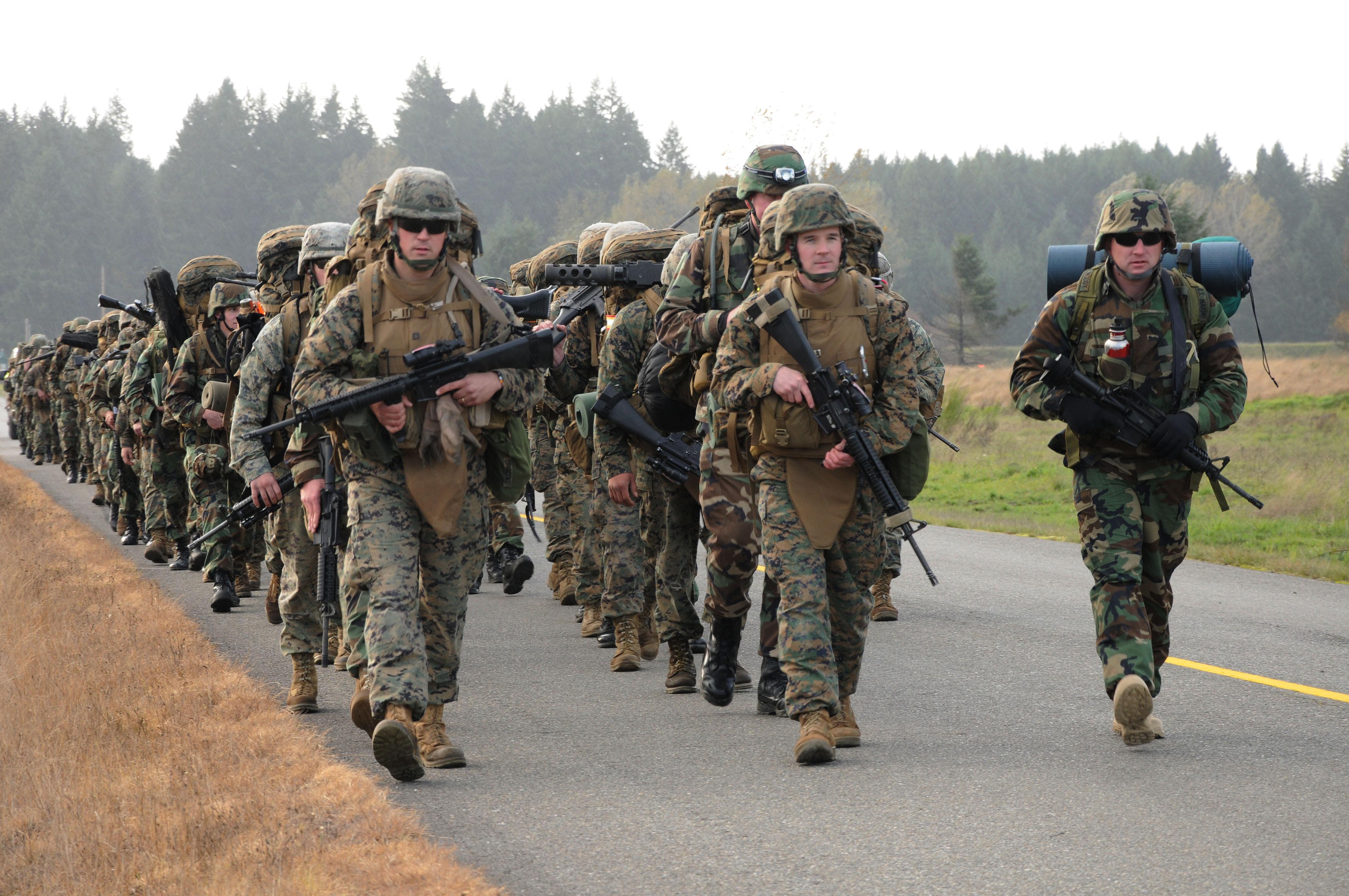 File:US Navy 101025-N-...