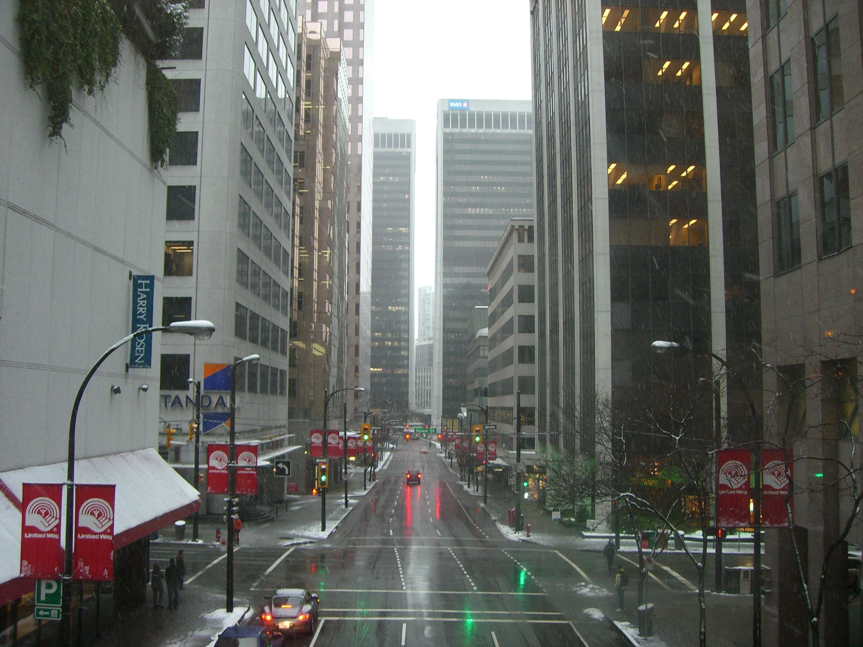 File Vancouver Downtown Street Jpg Wikimedia Commons