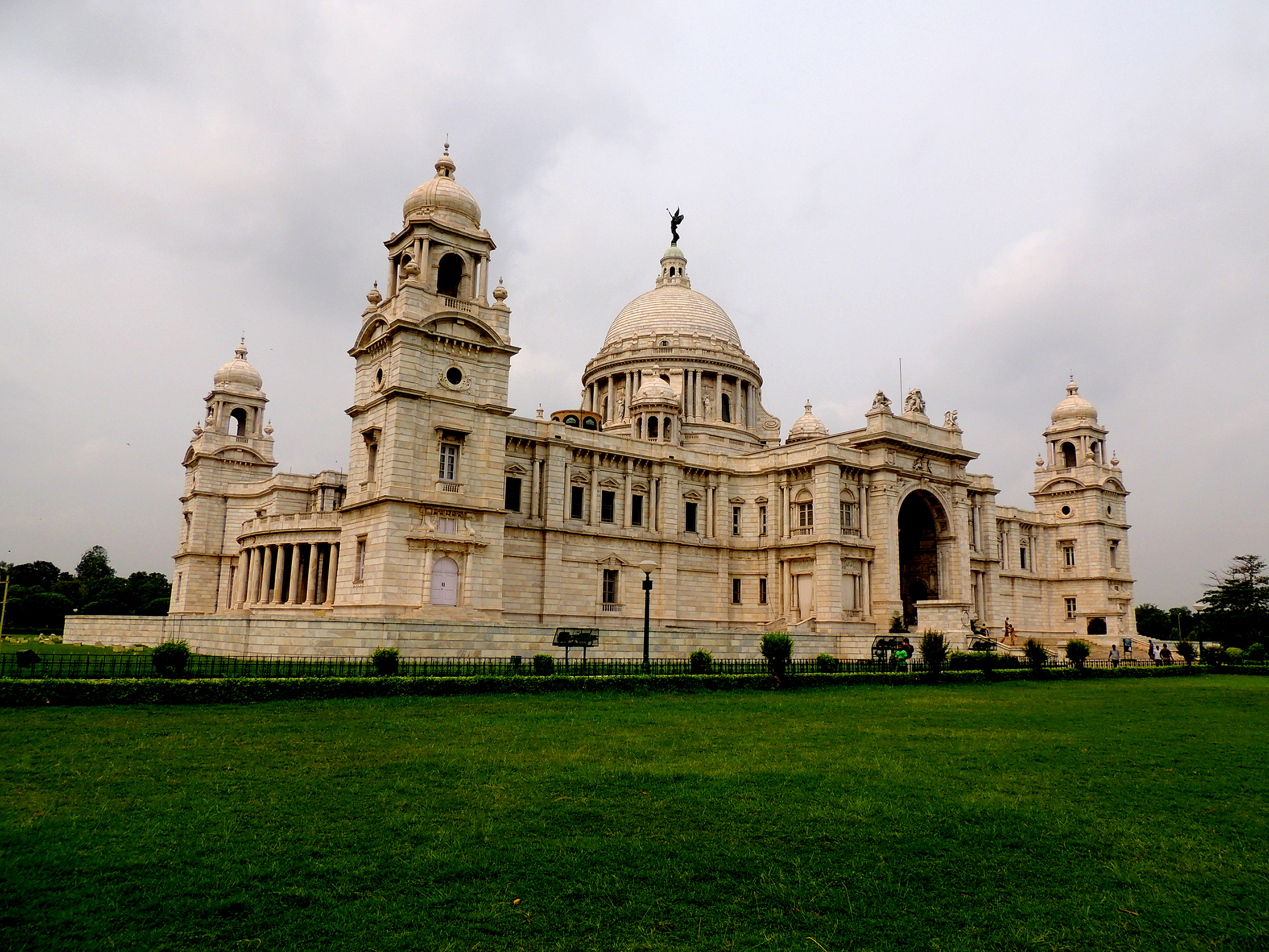 File Victoria Memorial Hall Kolkata Jpg Wikimedia Commons