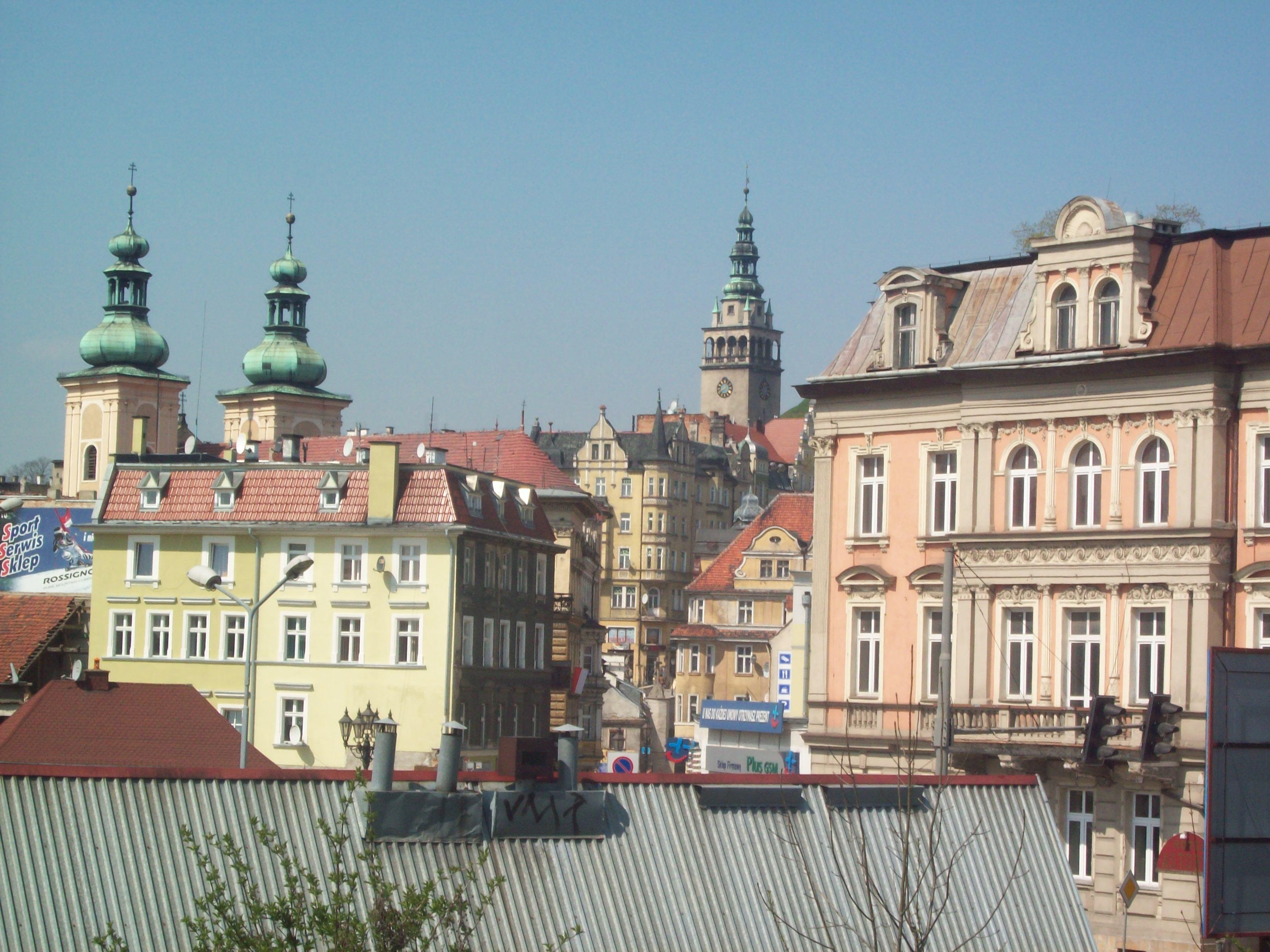 File Widok Na Stare Miasto W Klodzku Z Pkp Jpg Wikimedia Commons