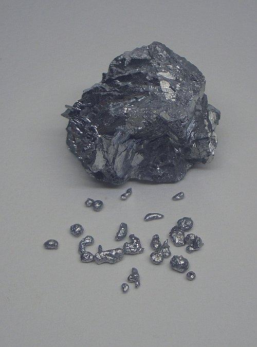 La Stibine ou sulfure d'antimoine minerai Neptunien Antimony2