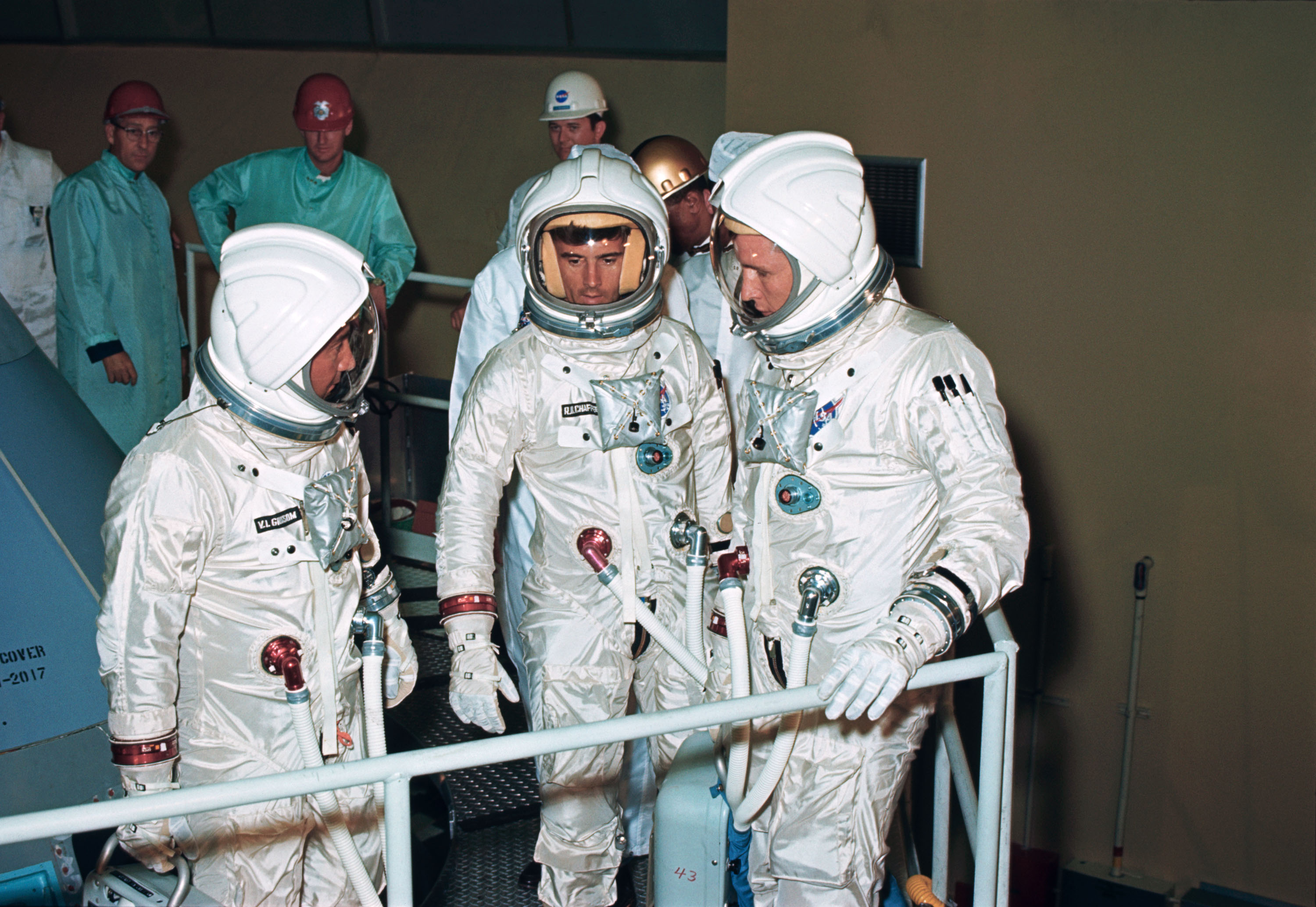 apollo 1 bodies - photo #33