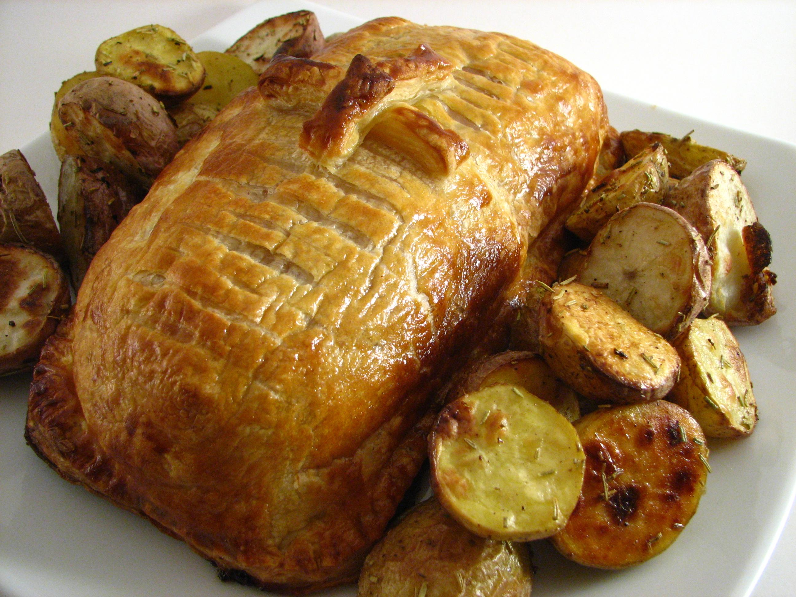 File:Beef Wellington - Whole.jpg - Wikimedia Commons