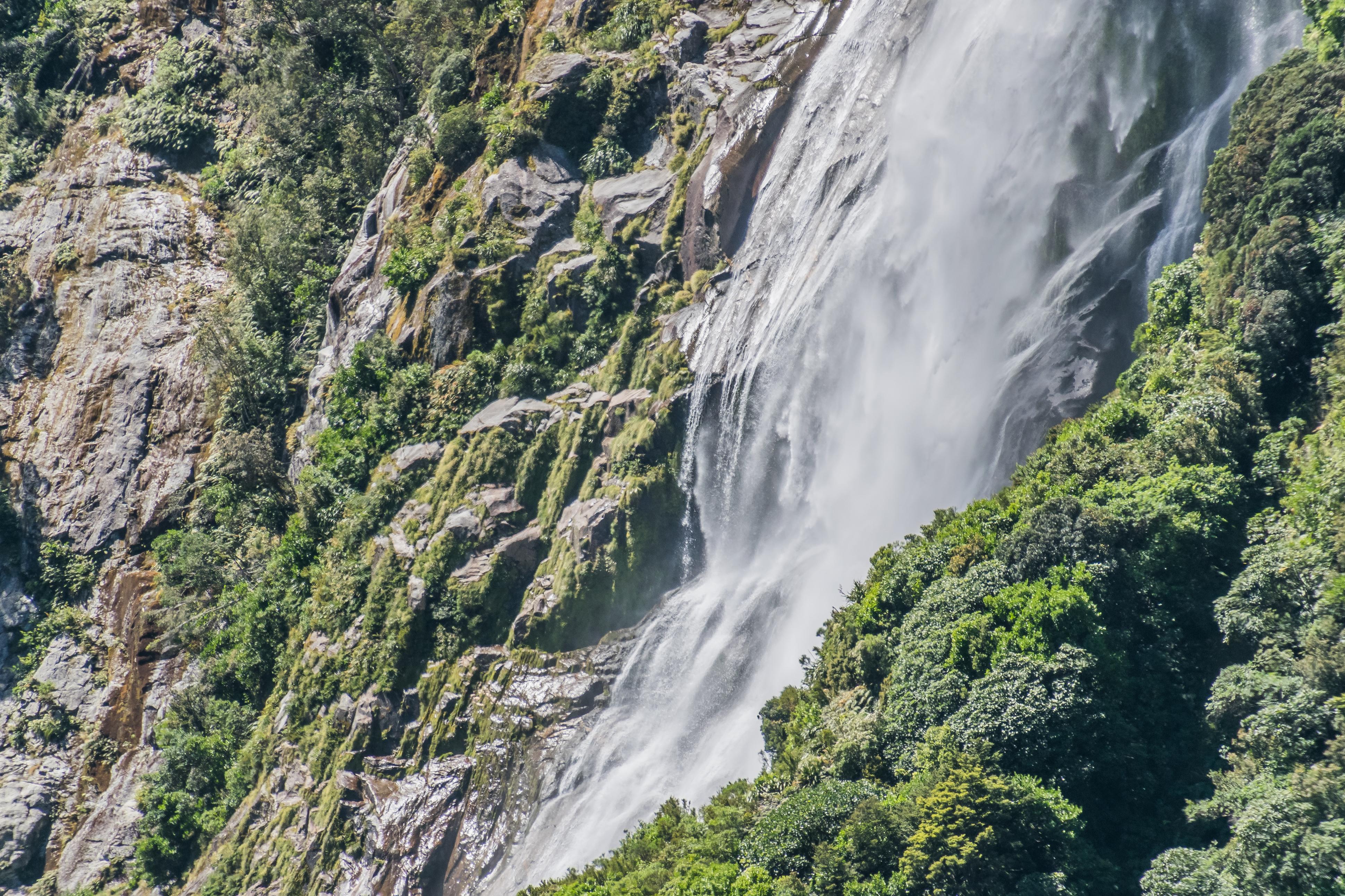 File Bowen Falls In Fiordland National Park 03 Jpg