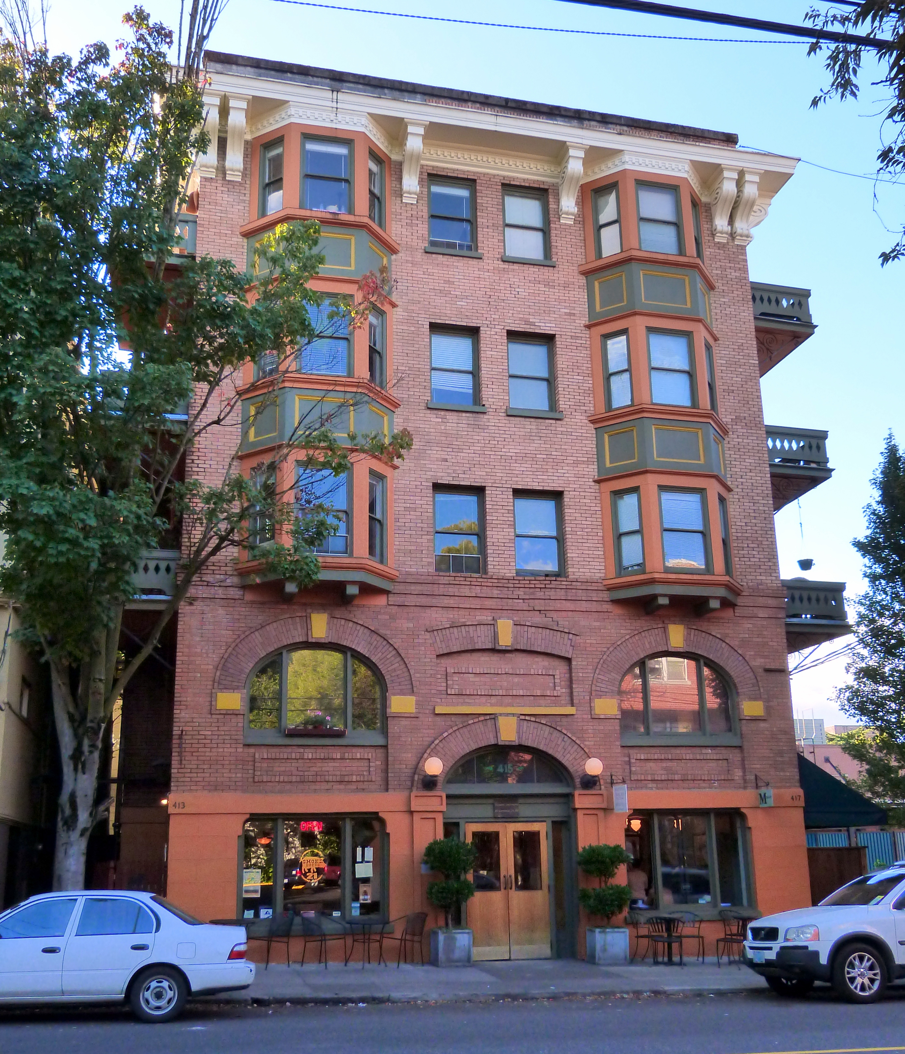 File Buck Apartment Building Portland Oregon Jpg Wikimedia Commons