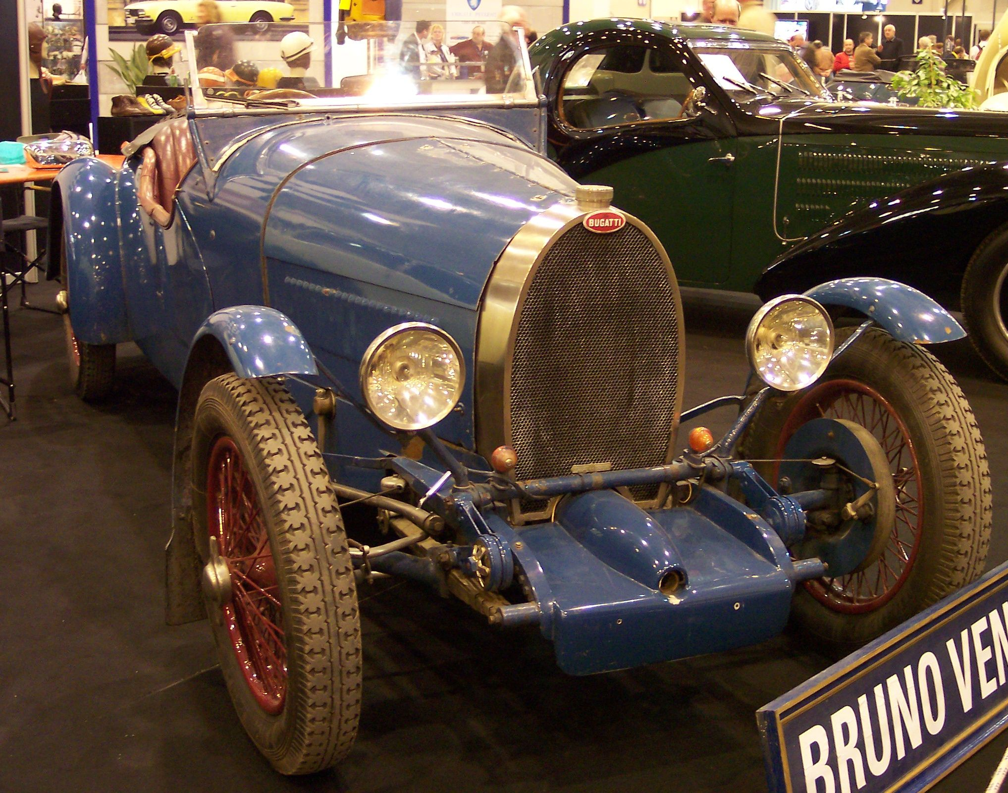File:Bugatti T38 1928 blue vr TCE.jpg - Wikimedia Commons on