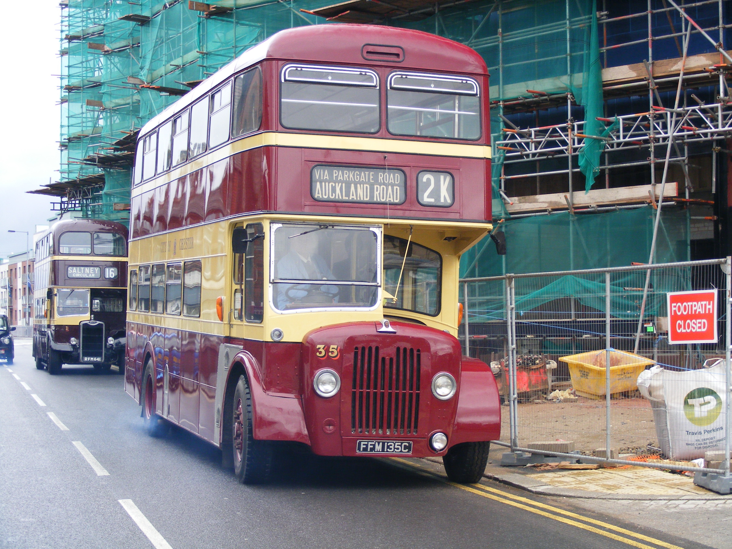 10 chester bus