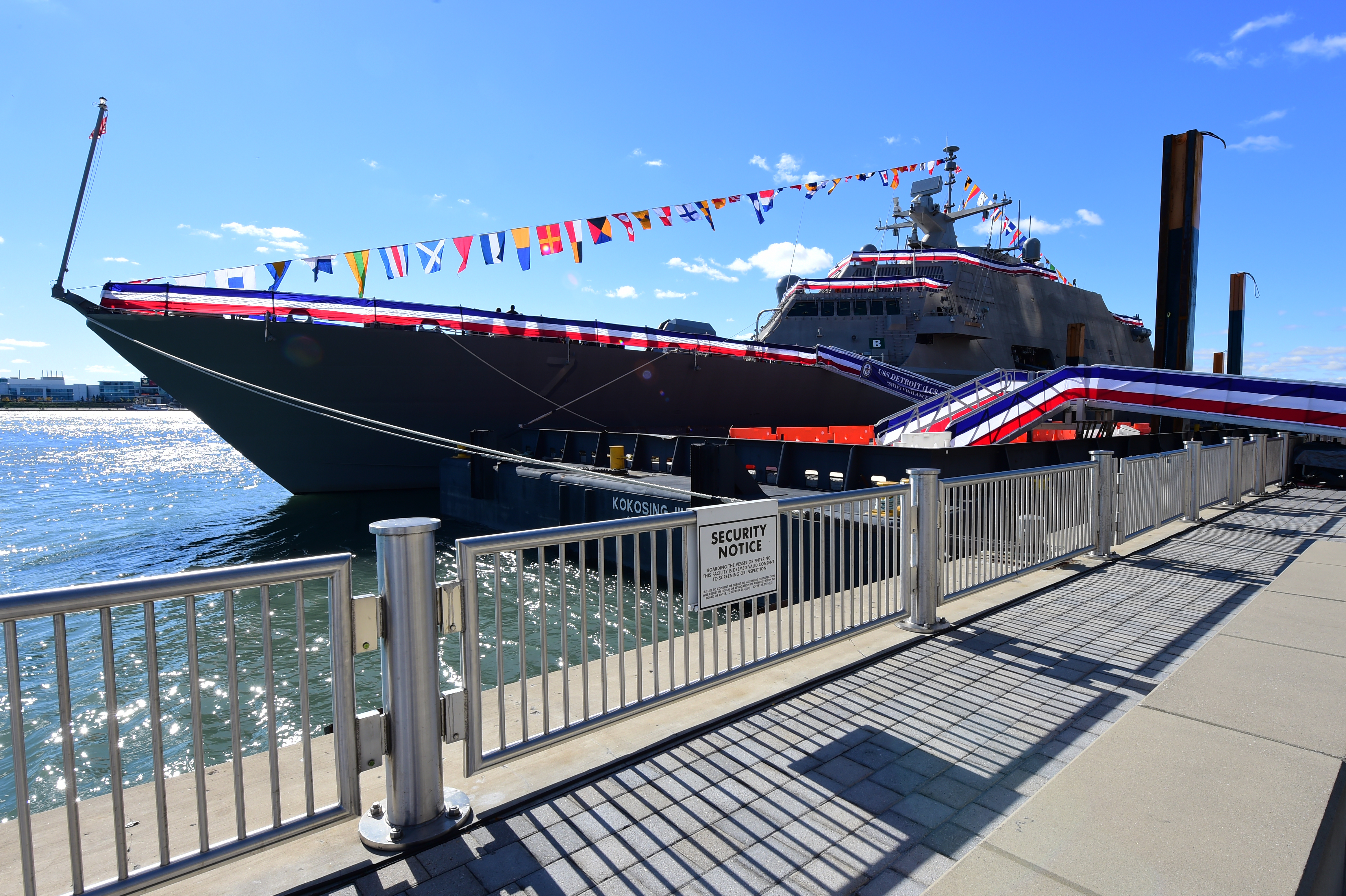 File:Commissioning of USS Detroit (LCS-7) on 22 October 2016