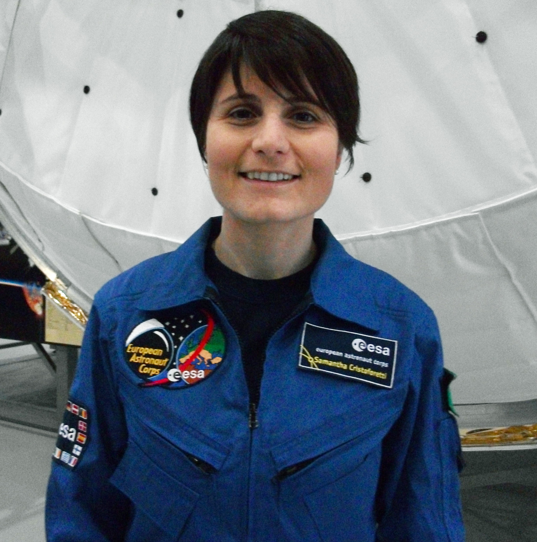 Dateiesa Astronaut Samantha Cristoforettijpg Wikipedia