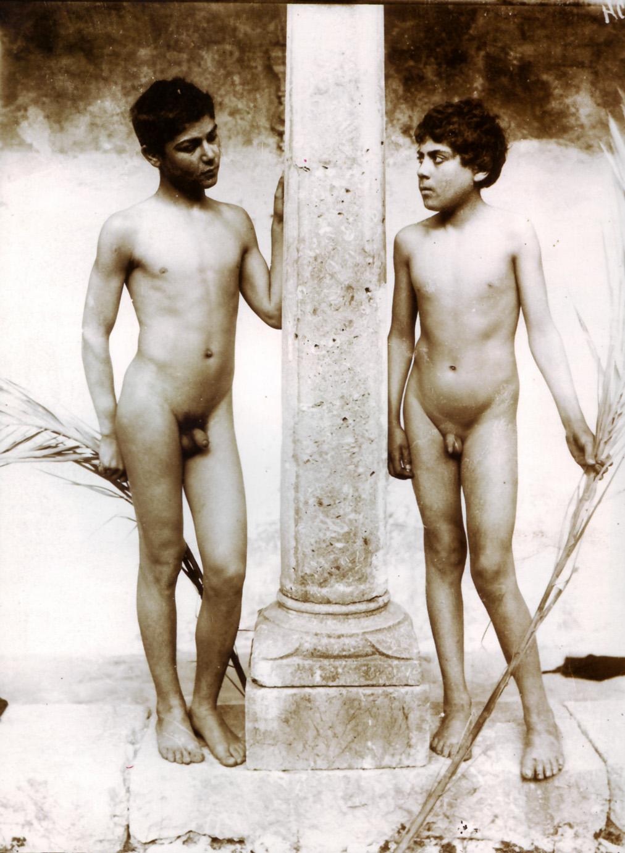 Naga boys naked pic nackt galleries