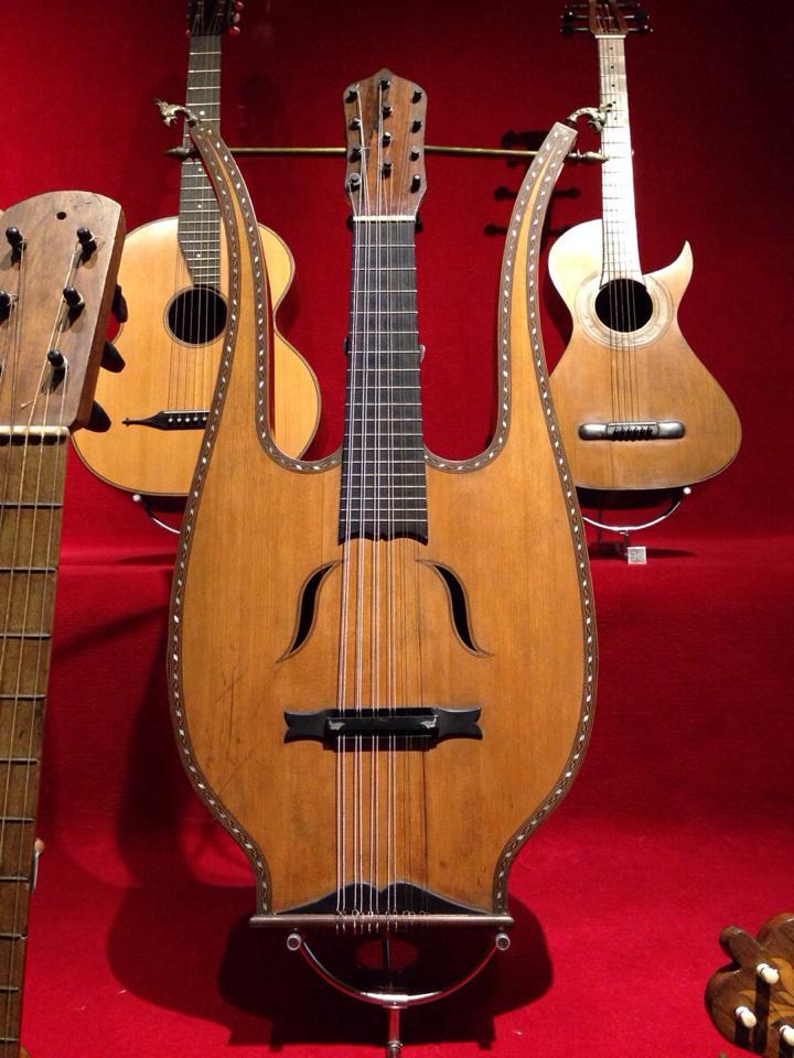 Guitarra-lira.jpg